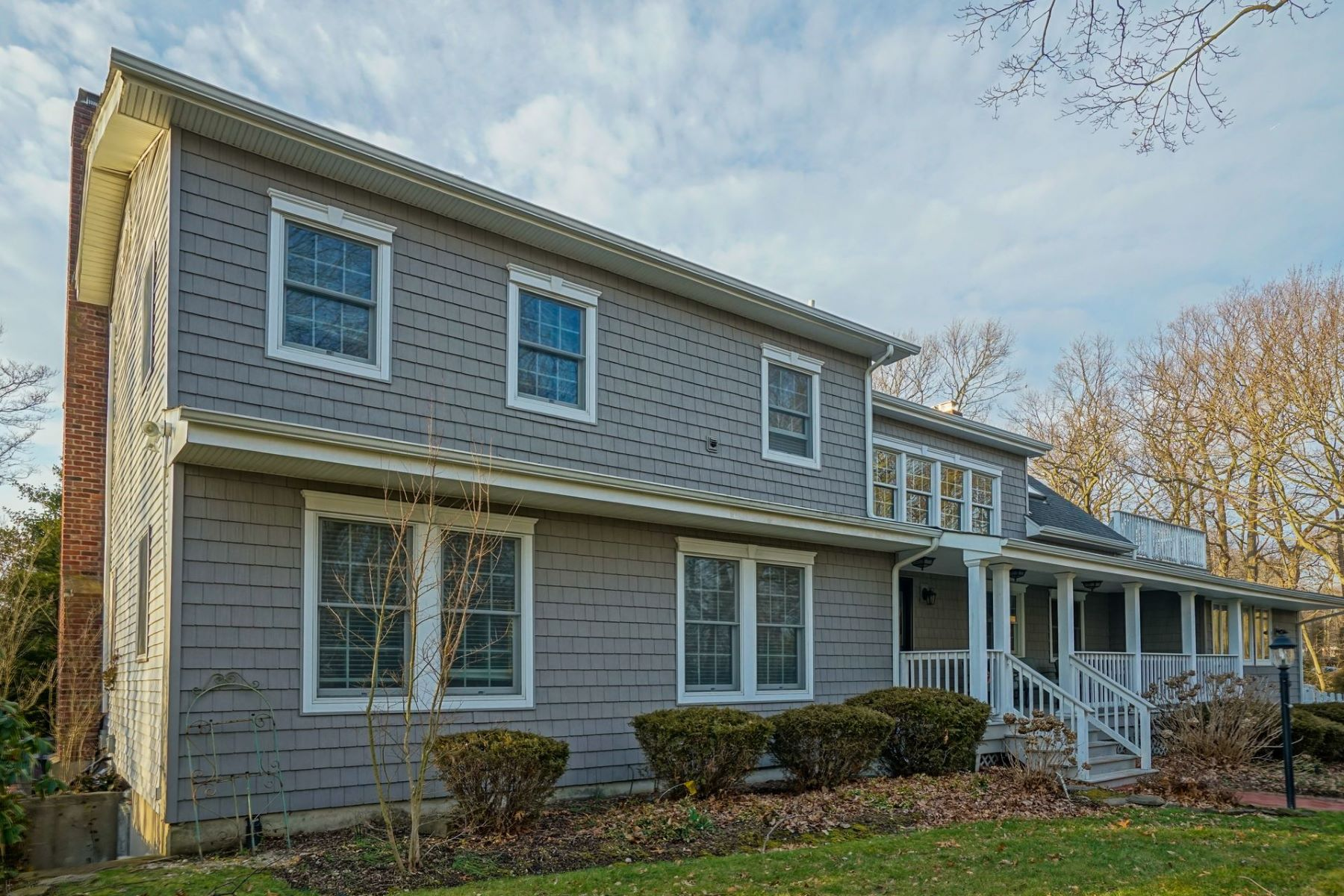Single Family Home for Sale at 4 Westview Ave , Port Jefferson, NY 11777 4 Westview Ave, Port Jefferson, New York, 11777 United States
