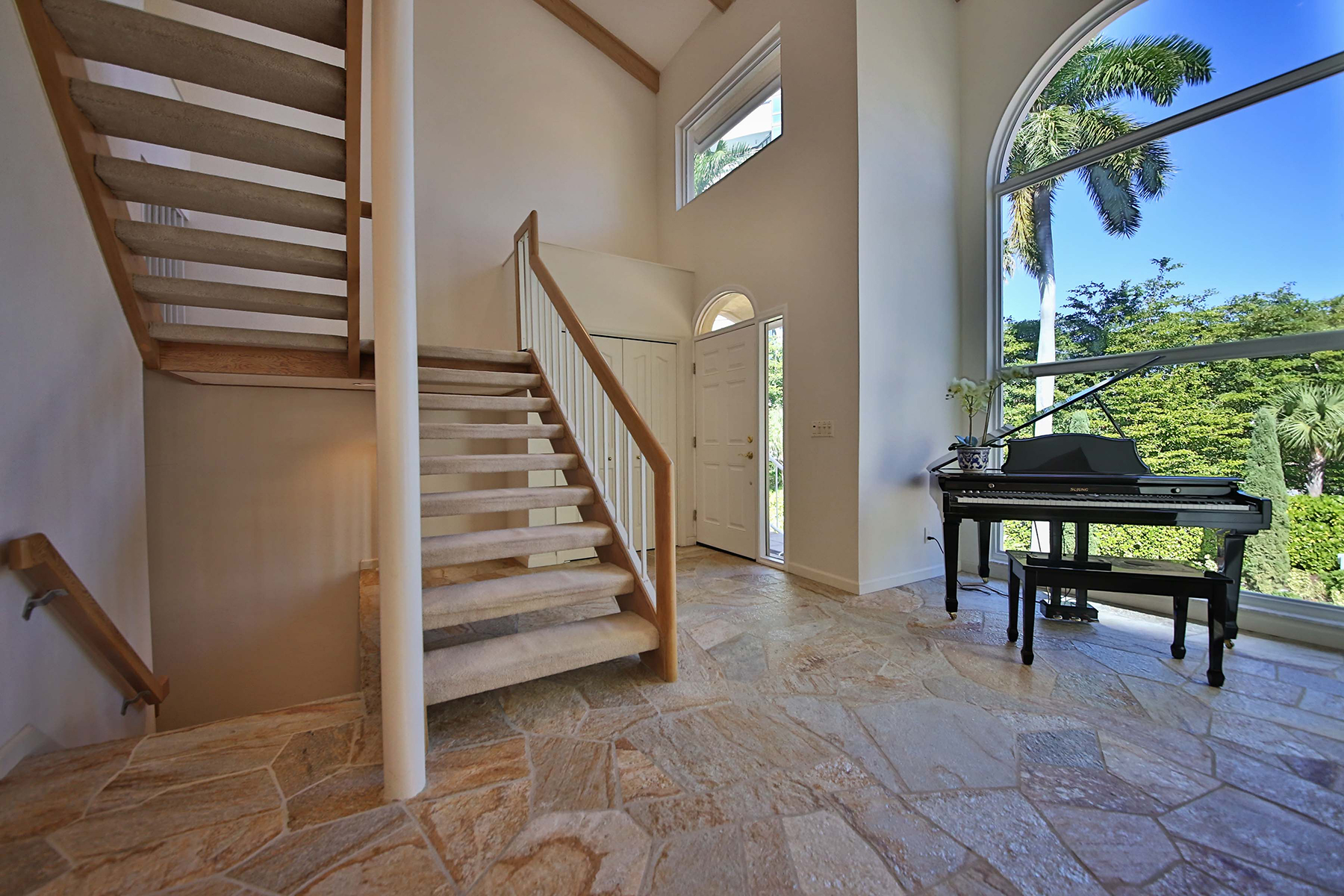 Additional photo for property listing at PARK SHORE - VILLA MARE 4705  Villa Mare Ln,  Naples, Florida 34103 United States