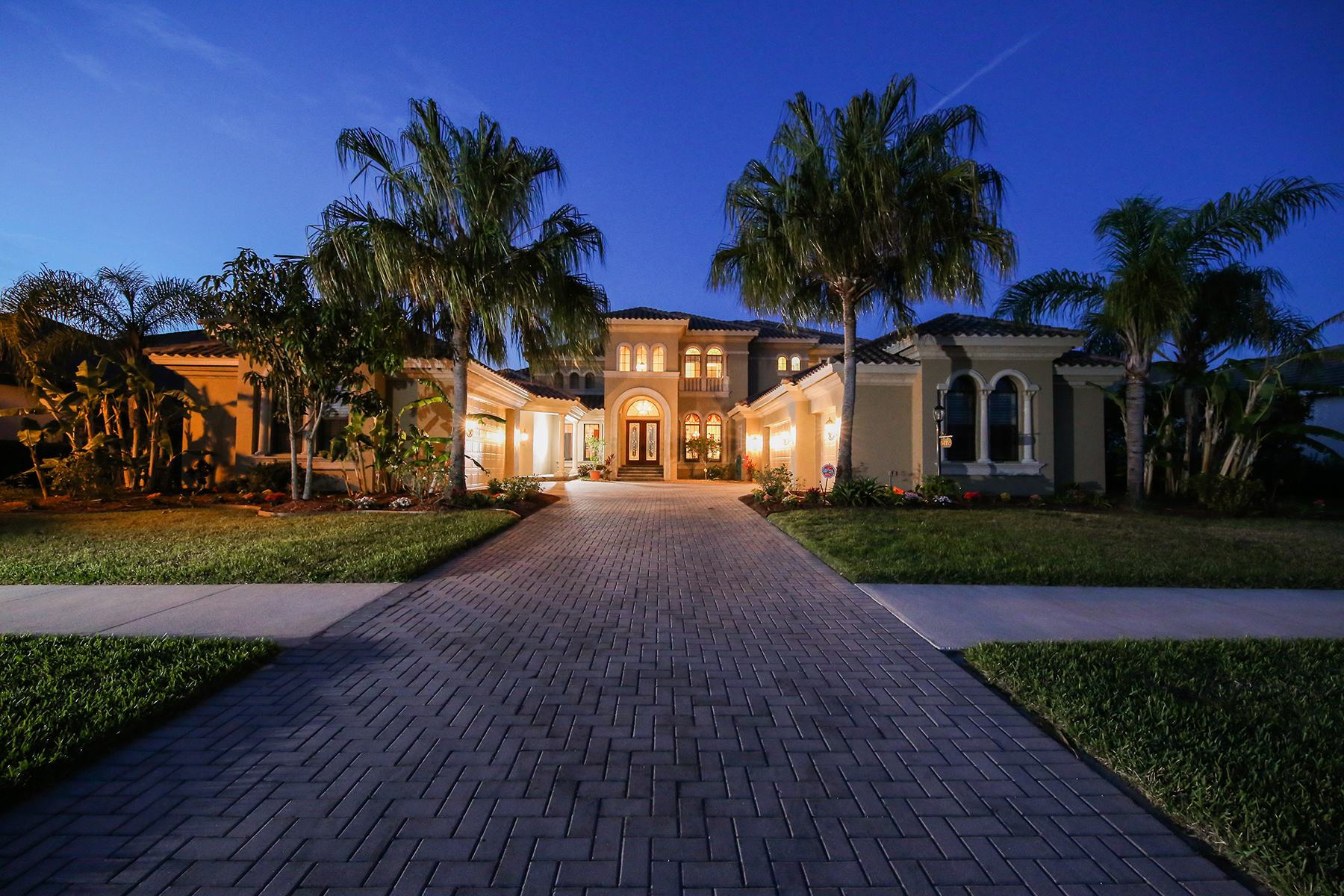 Casa Unifamiliar por un Venta en WINDING RIVER 14115 11th Terr NE Bradenton, Florida, 34212 Estados Unidos