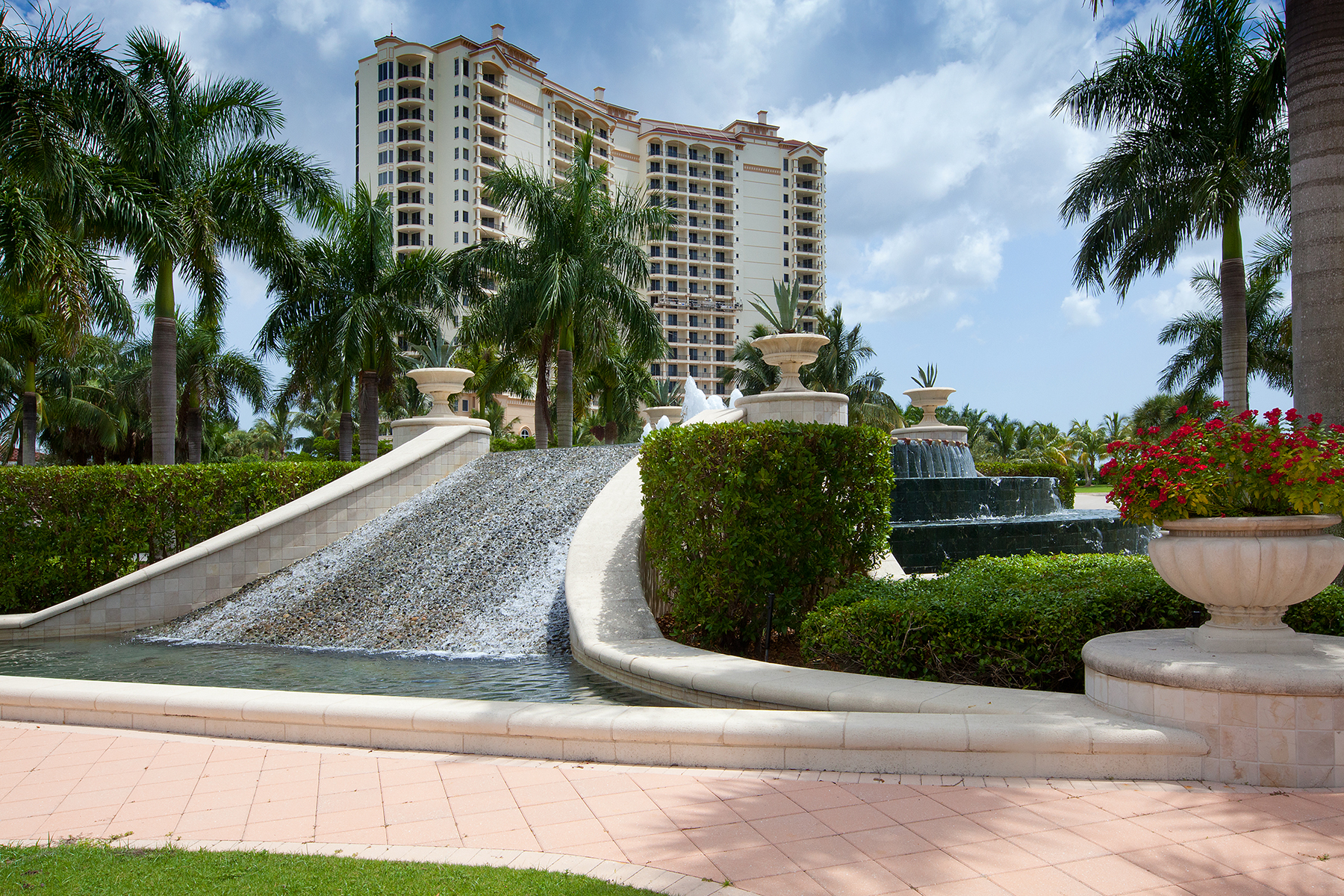Appartement en copropriété pour l Vente à HAMMOCK BAY 1050 Borghese Ln 302 Naples, Florida, 34114 États-Unis