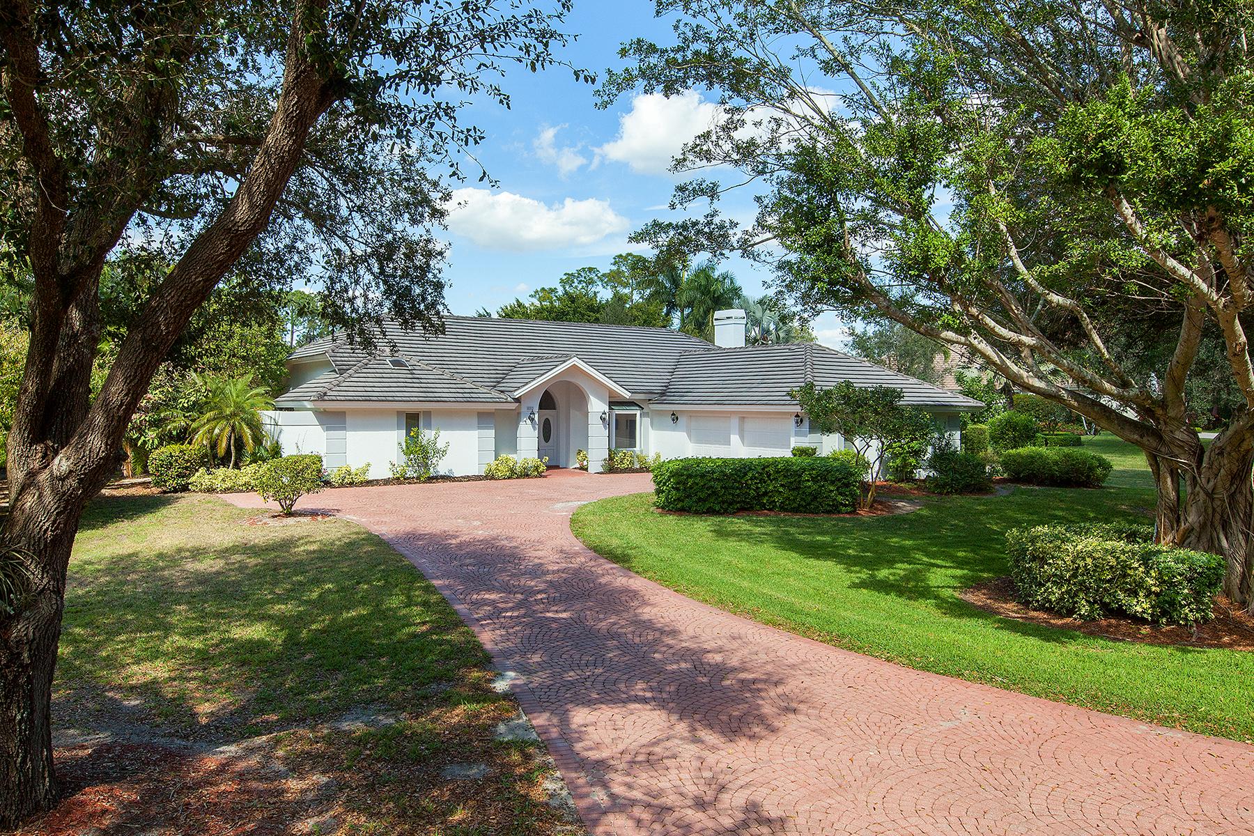 Single Family Home for Sale at NAPLES 4887 Pond Apple Dr S Quail Creek, Naples, Florida, 34119 United States