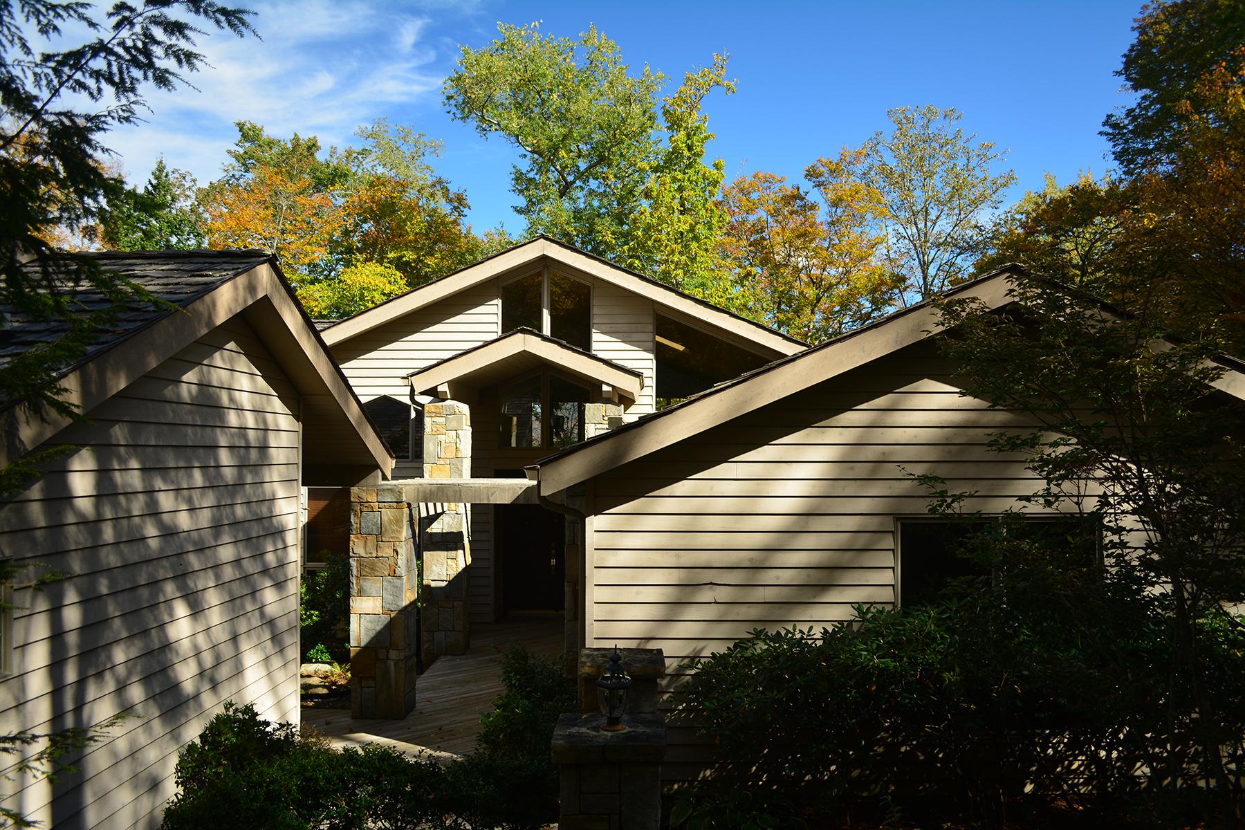 Nhà ở một gia đình vì Bán tại LINVILLE - LINVILLE RIDGE 1515 Cranberry 15 Linville, Bắc Carolina, 28646 Hoa Kỳ