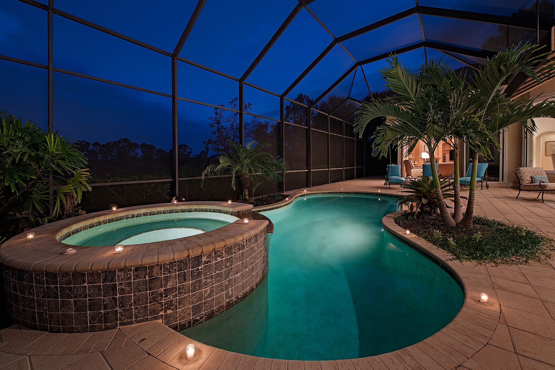 Single Family Home for Sale at Naples 1547 Gormican Ln, Naples, Florida 34110 United States