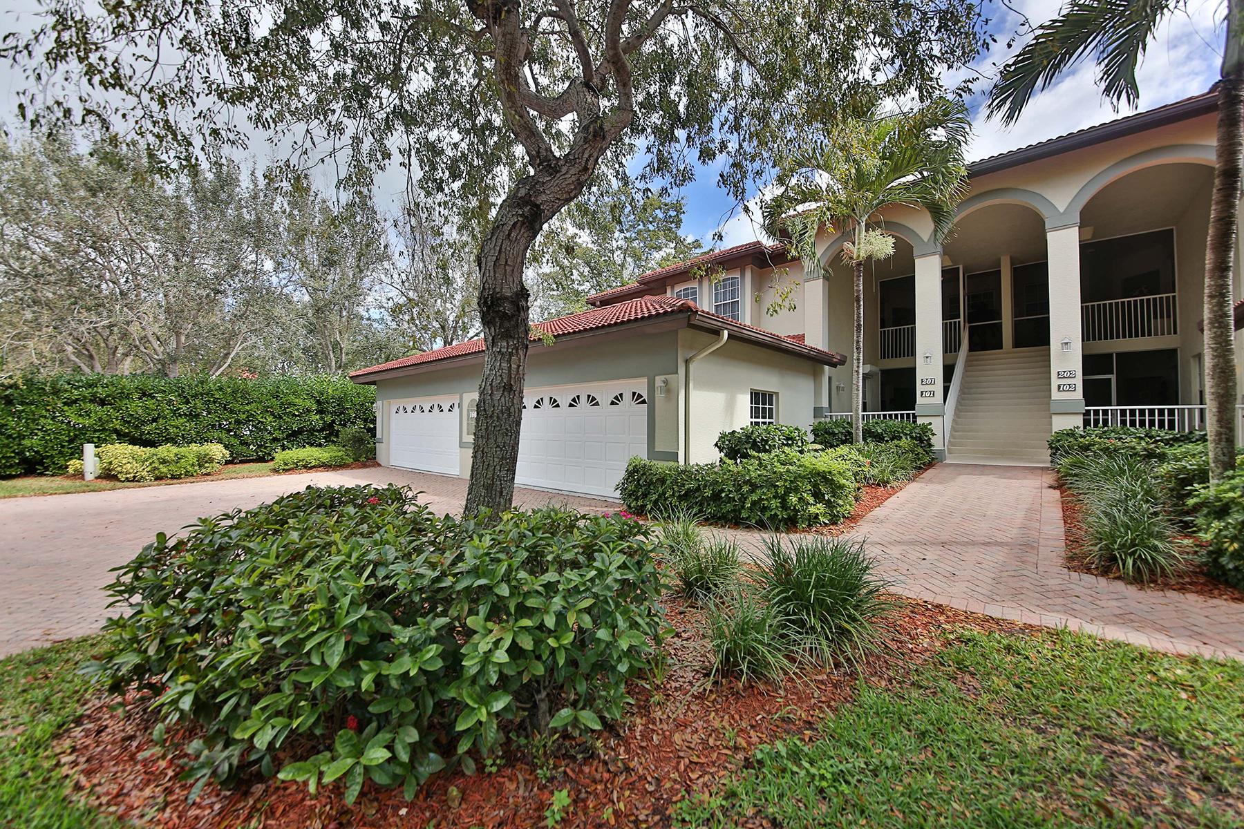Maison en rangée pour l Vente à MARCO ISLAND 160 Waterside Cir 201 Marco Island, Florida, 34145 États-Unis