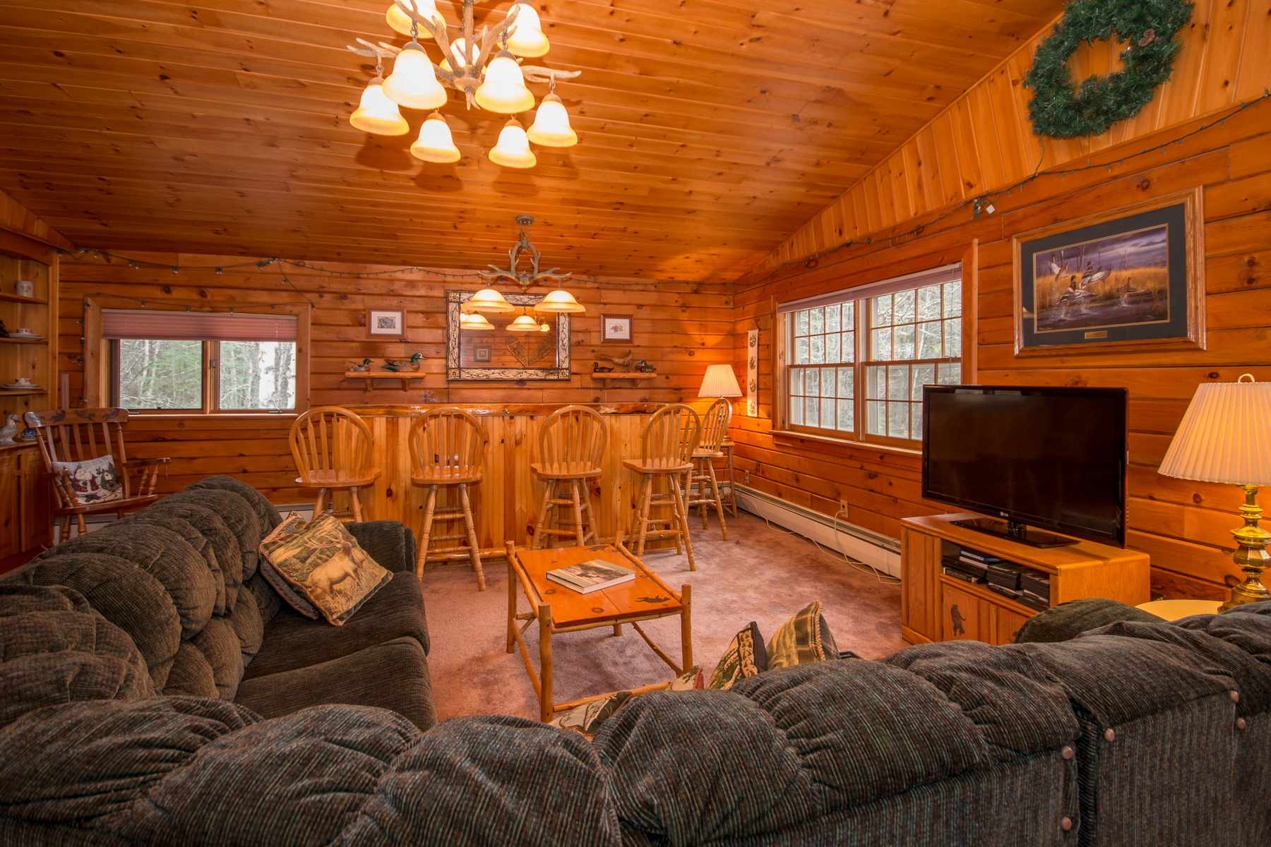 Additional photo for property listing at Spacious Quiet Water Access Home 22  Bay Ln Rainbow Lake, Нью-Йорк 12976 Соединенные Штаты