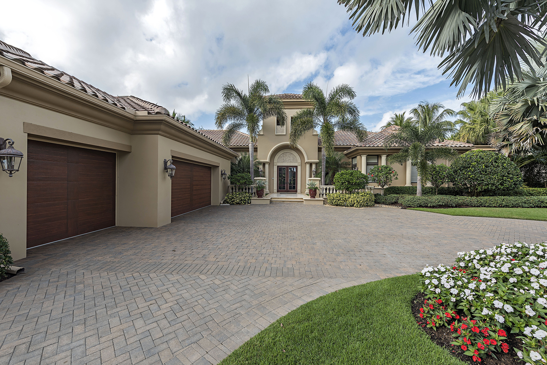 Villa per Vendita alle ore 1425 Nighthawk Pt , Naples, FL 34105 1425 Nighthawk Pt Estuary At Grey Oaks, Naples, Florida, 34105 Stati Uniti