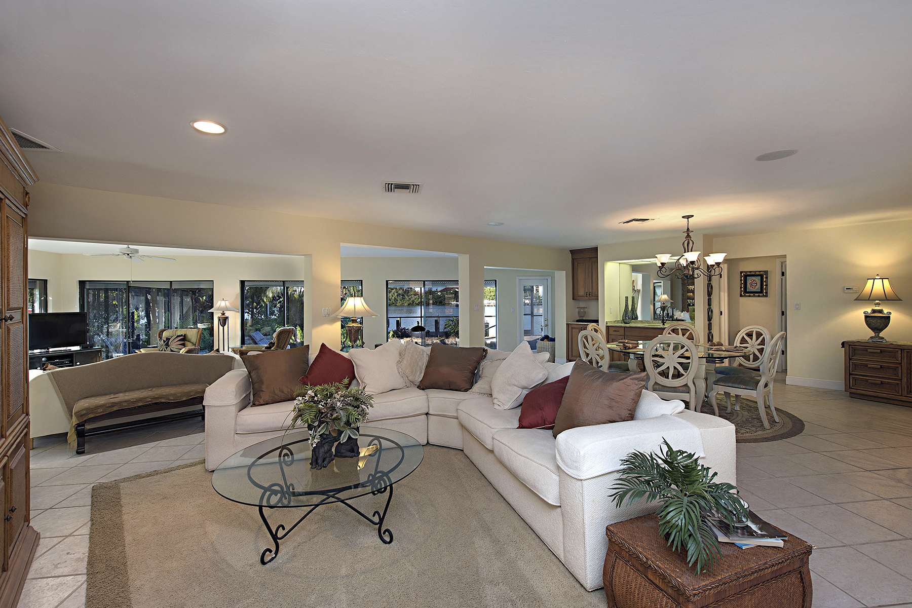 Additional photo for property listing at LITTLE HICKORY SHORES 243  6th St  W,  Bonita Springs, Florida 34134 United States
