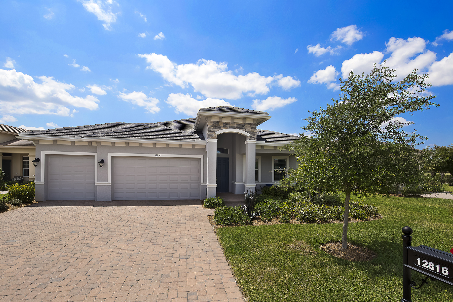 Additional photo for property listing at VERANDAH - FAIRWAY COVE 12816  Fairway Cove Ct,  Fort Myers, Florida 33905 United States