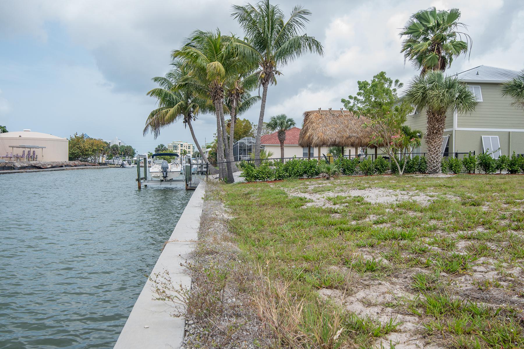 Arazi için Satış at MARCO ISLAND 848 Rose Ct Marco Island, Florida, 34145 Amerika Birleşik Devletleri