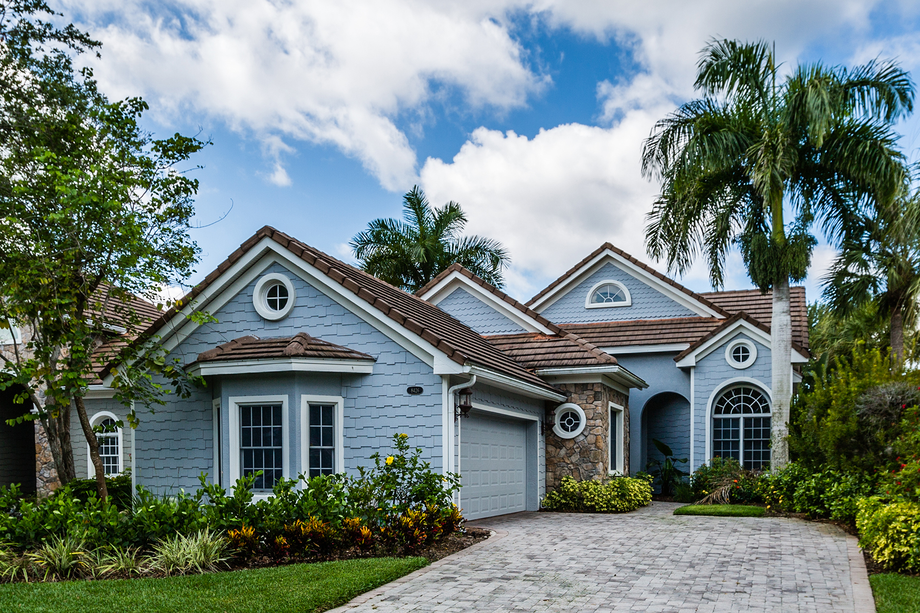 Single Family Home for Sale at FIDDLERS CREEK 8426 Mallards Way, Naples, Florida 34114 United States