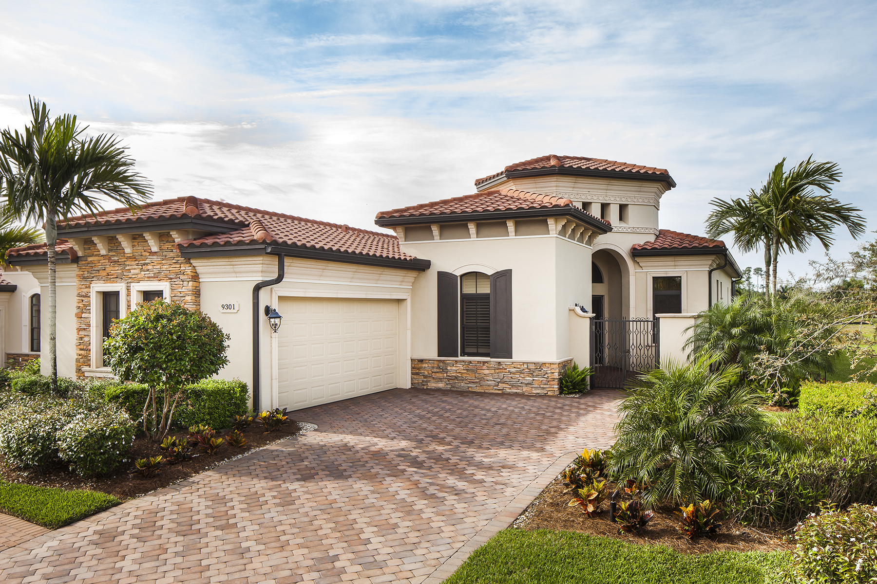 Single Family Home for Sale at TREVISO - VERCELLI 9301 Vercelli Ct, Naples, Florida 34113 United States