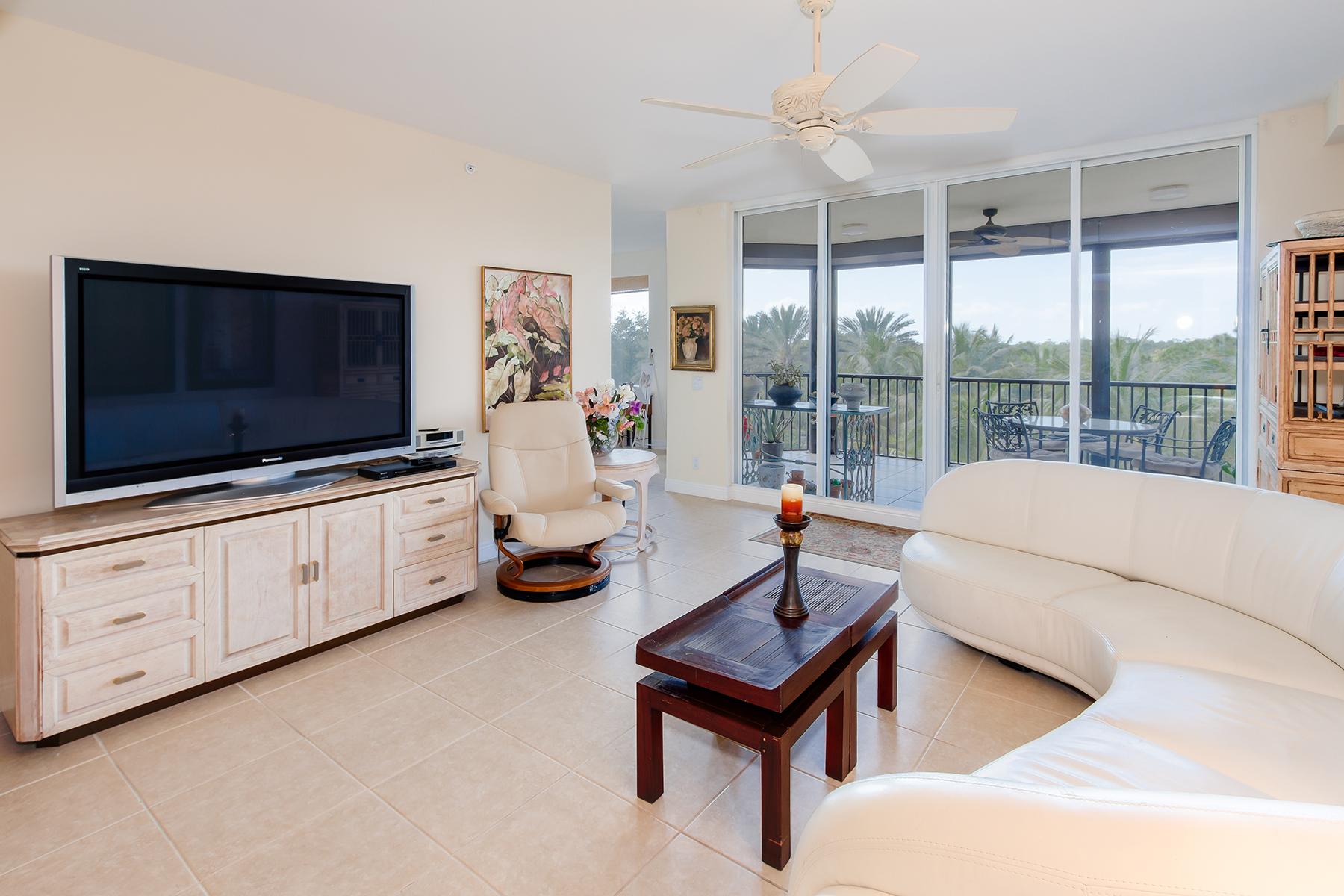 Appartement en copropriété pour l Vente à THE COLONY AT PELICAN LANDING - SORRENTO 23650 Via Veneto Blvd 302 Bonita Springs, Florida, 34134 États-Unis