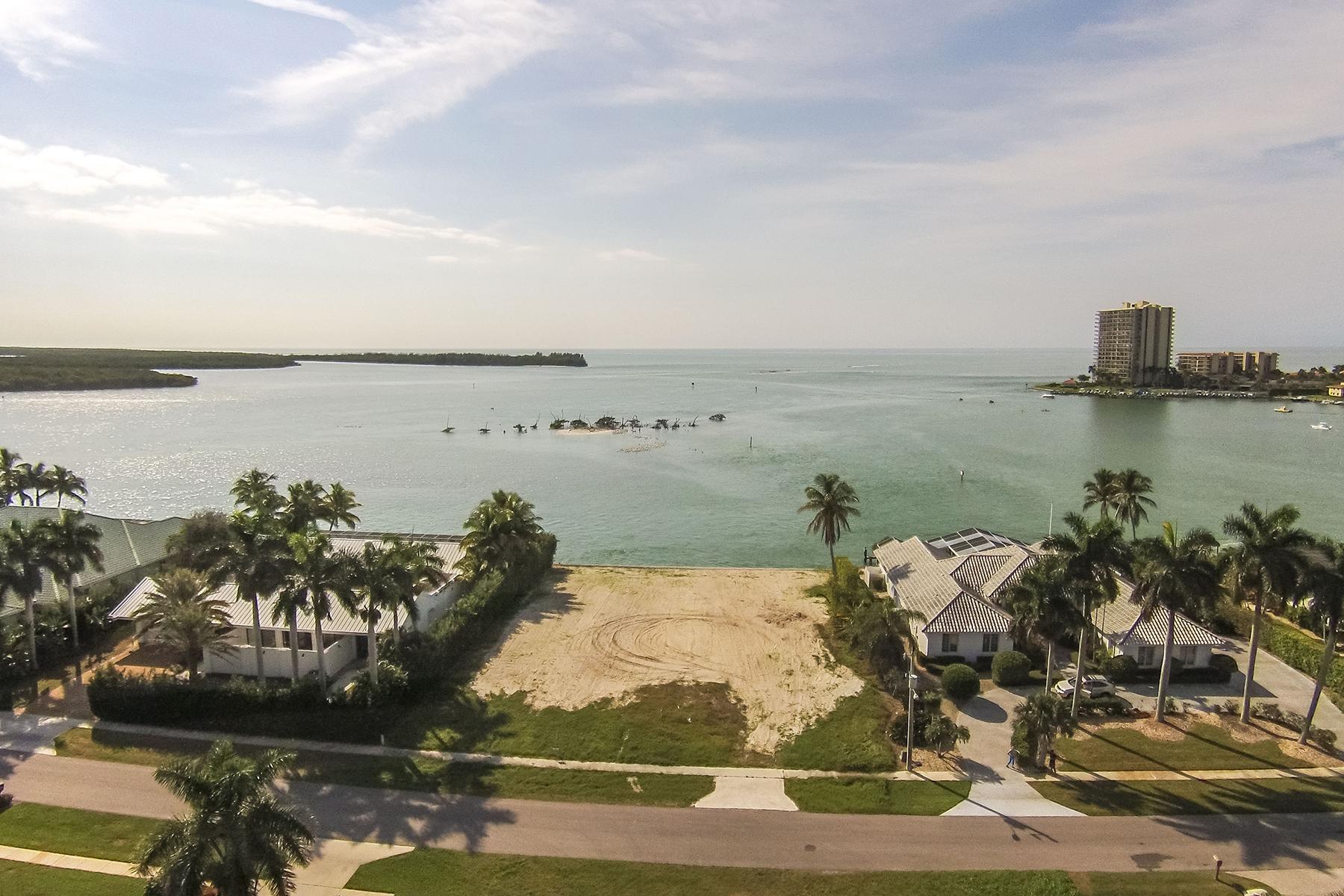 Земля для того Продажа на MARCO ISLAND 1381 Caxambas Ct Marco Island, Флорида, 34145 Соединенные Штаты