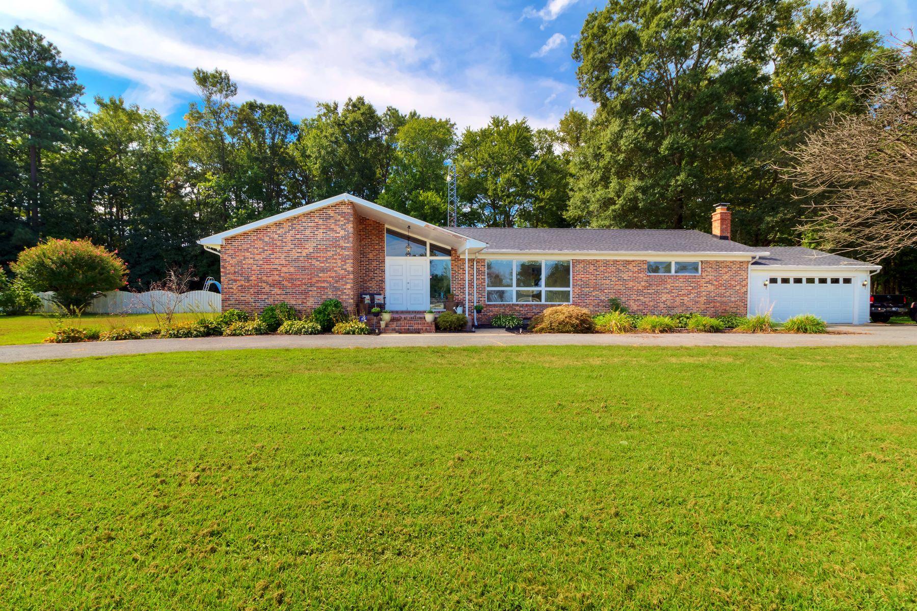 独户住宅 为 销售 在 18132 Laurel Road , Laurel, DE 19956 18132 Laurel Road 法格尔, 特拉华州, 19956 美国