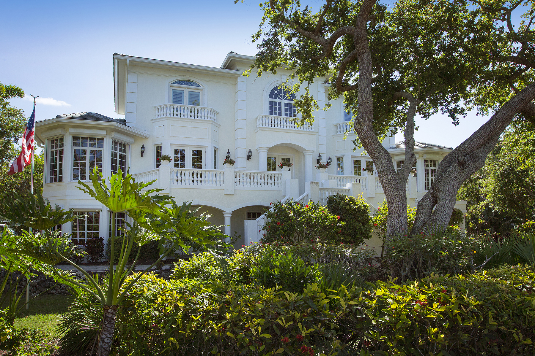 Single Family Home for Sale at HIDEAWAY BEACH 357 Morning Glory Ln, Marco Island, Florida 34145 United States