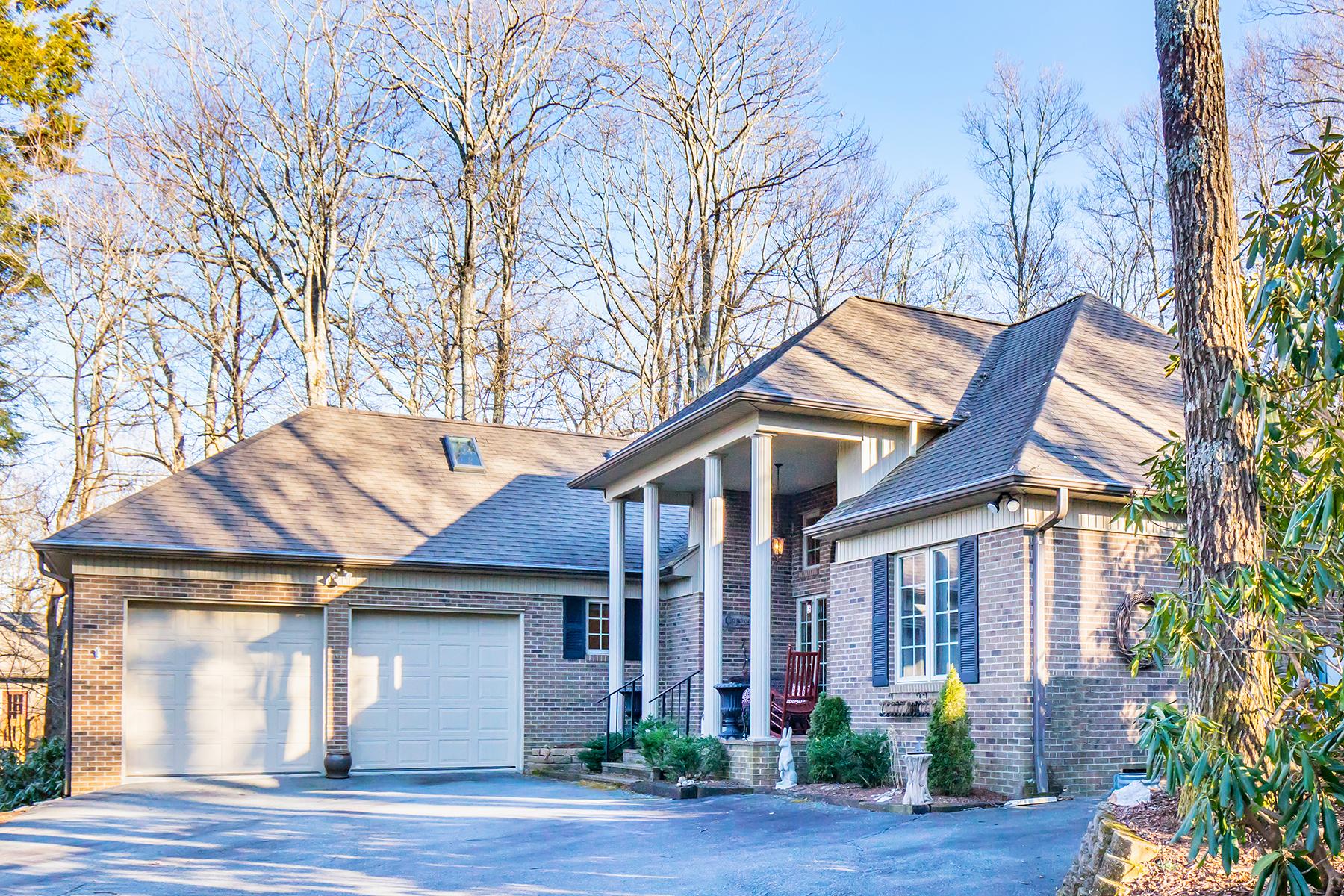 واحد منزل الأسرة للـ Sale في BLOWING ROCK - WONDERLAND WOODS 117 Forbes Way, Blowing Rock, North Carolina, 28605 United States