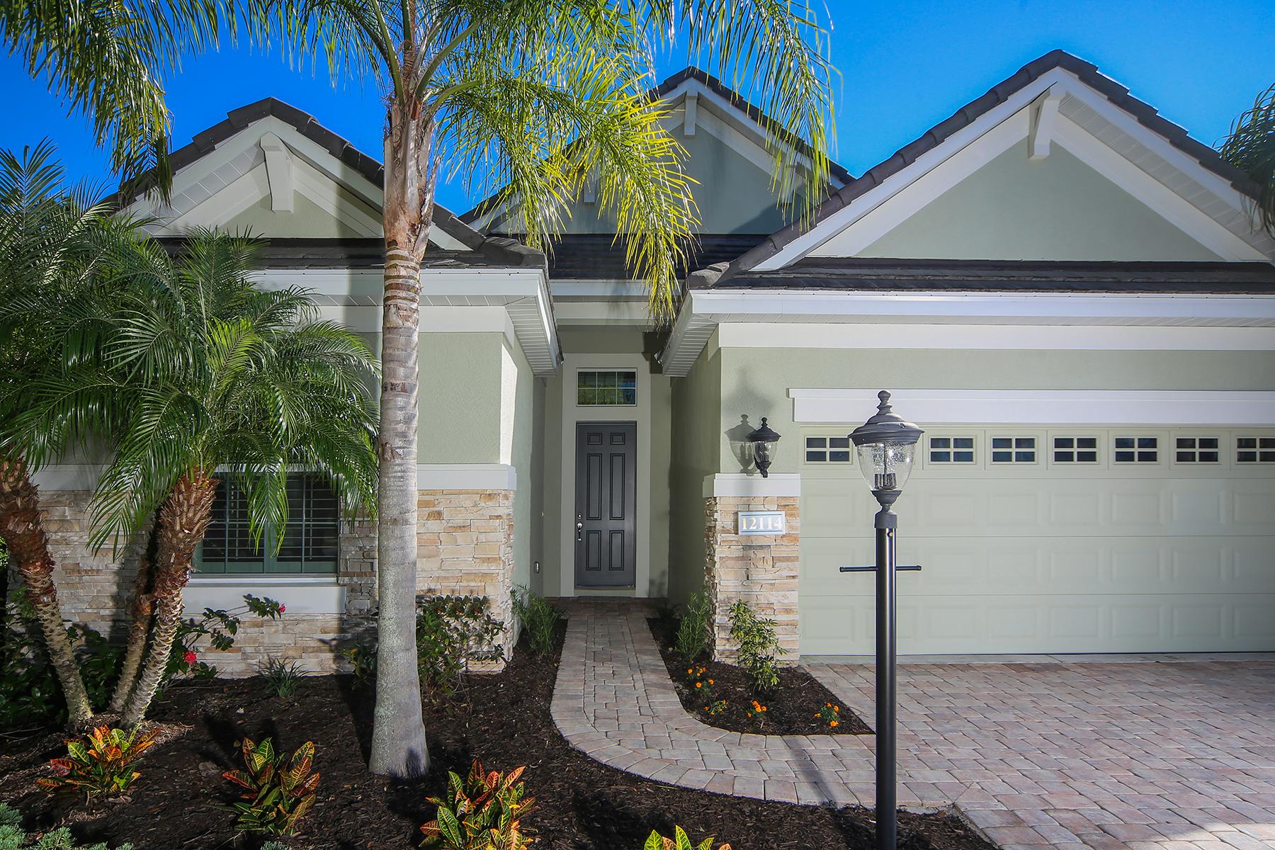 واحد منزل الأسرة للـ Sale في LAKEWOOD RANCH COUNTRY CLUB 12114 Thornhill Ct, Lakewood Ranch, Florida, 34202 United States