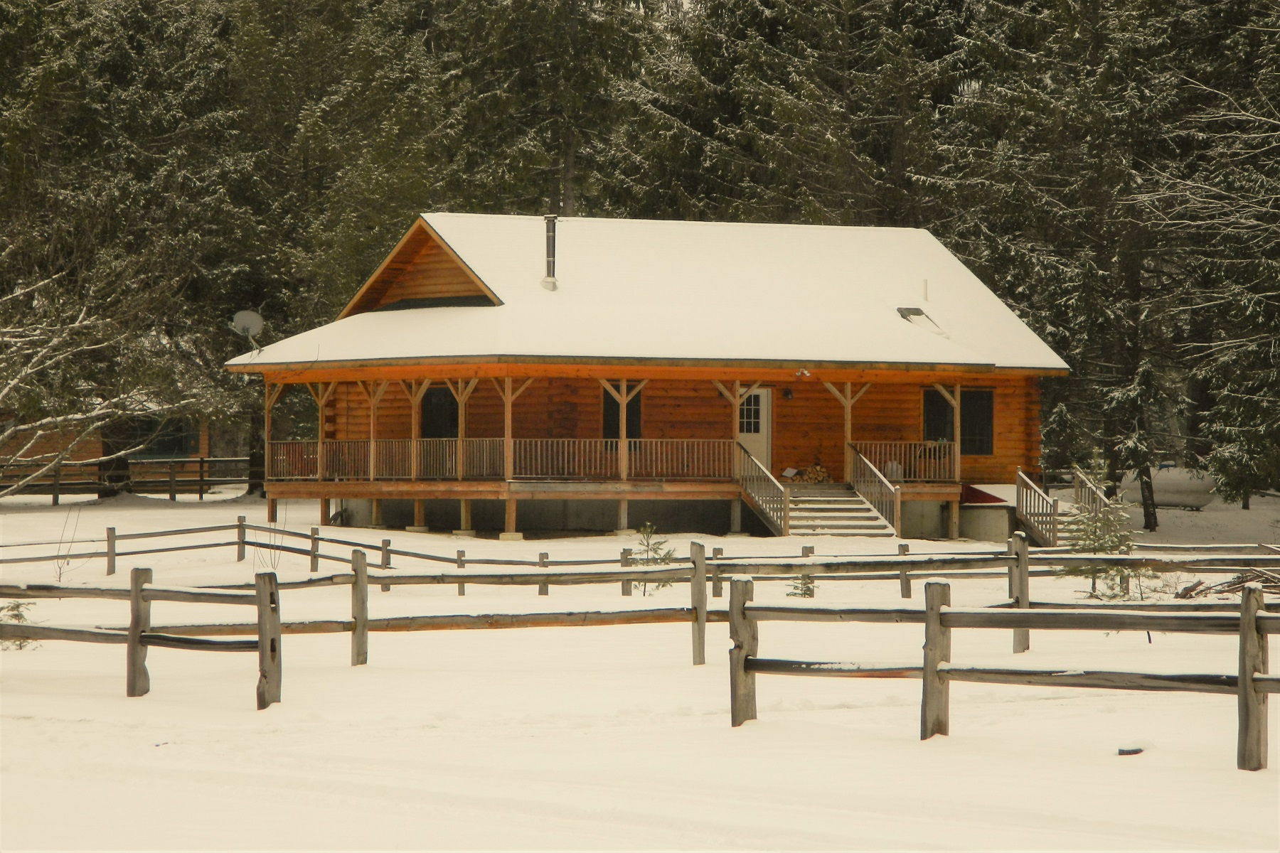 Maison unifamiliale pour l Vente à New Log Chalet 6 Bianca Rd Stony Creek, New York 12878 États-Unis