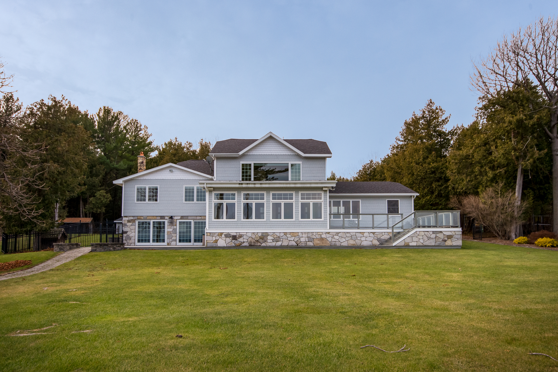 Additional photo for property listing at Lake Champlain Chateau 10  Gravelly Point Road Plattsburgh Town, New York 12901 United States