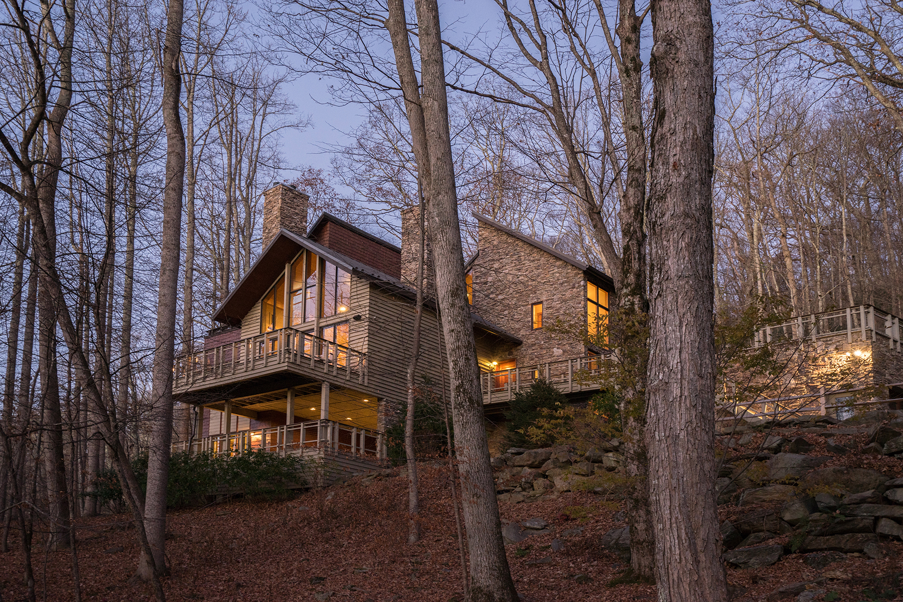 Single Family Home for Sale at BLOWING ROCK - Yonahlossee 167 Glenridding Rd, Boone, North Carolina 28607 United States