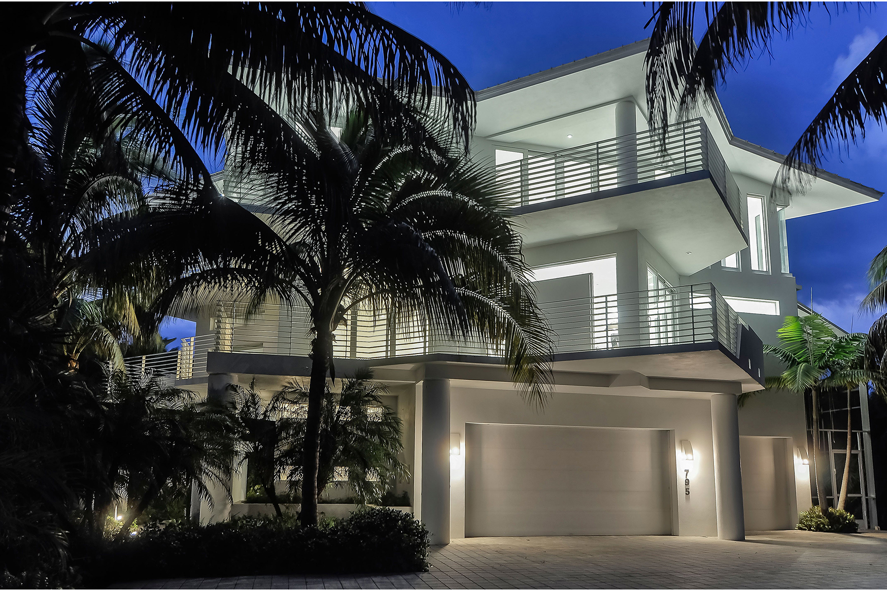Single Family Home for Sale at MARCO ISLAND-HIDEAWAY BEACH 795 Waterside Dr, Marco Island, Florida, 34145 United States