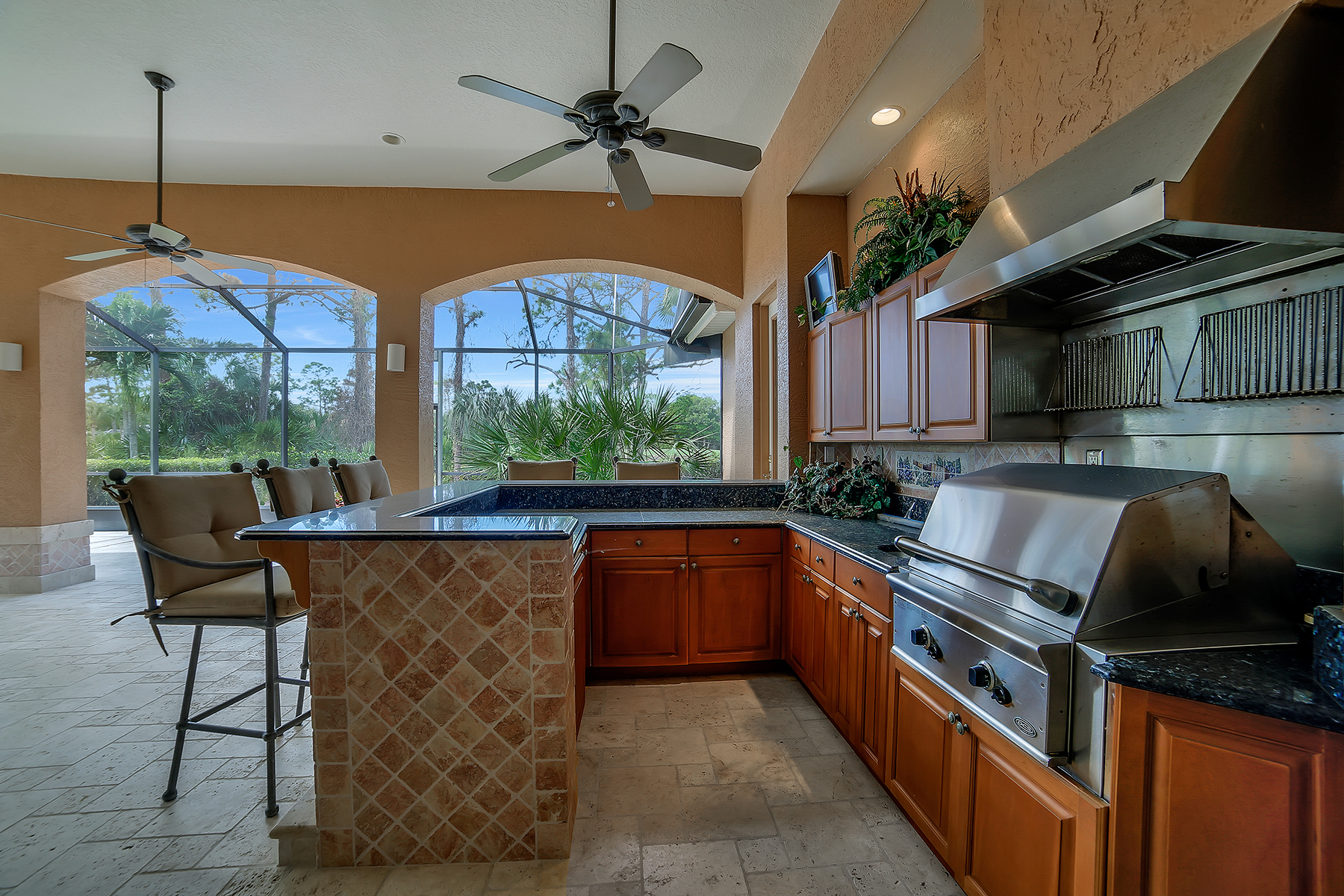 Additional photo for property listing at PELICAN LANDING - RIDGE 25086  Ridge Oak Dr,  Bonita Springs, Florida 34134 United States