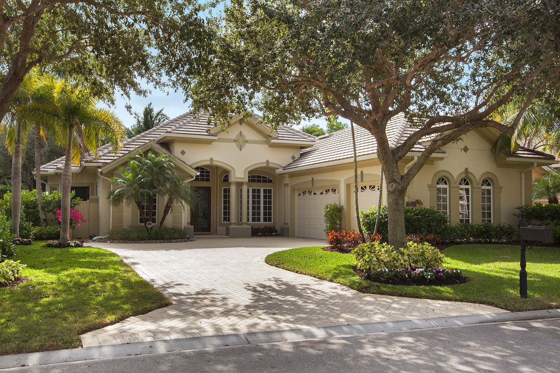 Tek Ailelik Ev için Satış at FIDDLERS CREEK 7701 Mulberry Ln, Naples, Florida, 34114 Amerika Birleşik Devletleri