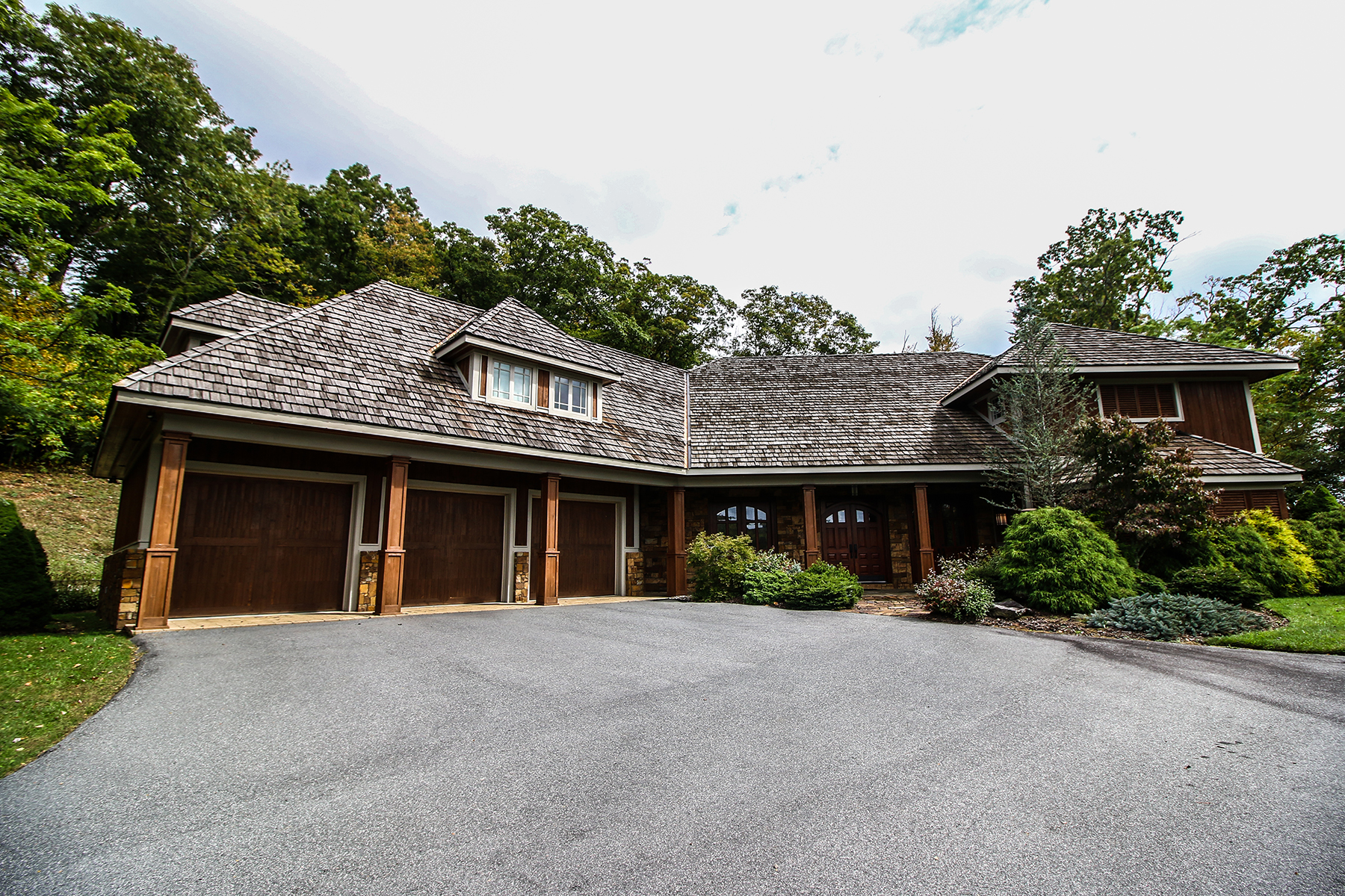 Single Family Home for Sale at BLOWING ROCK - TIMBER CREEK 510 Timber Crk, Blowing Rock, North Carolina 28605 United States