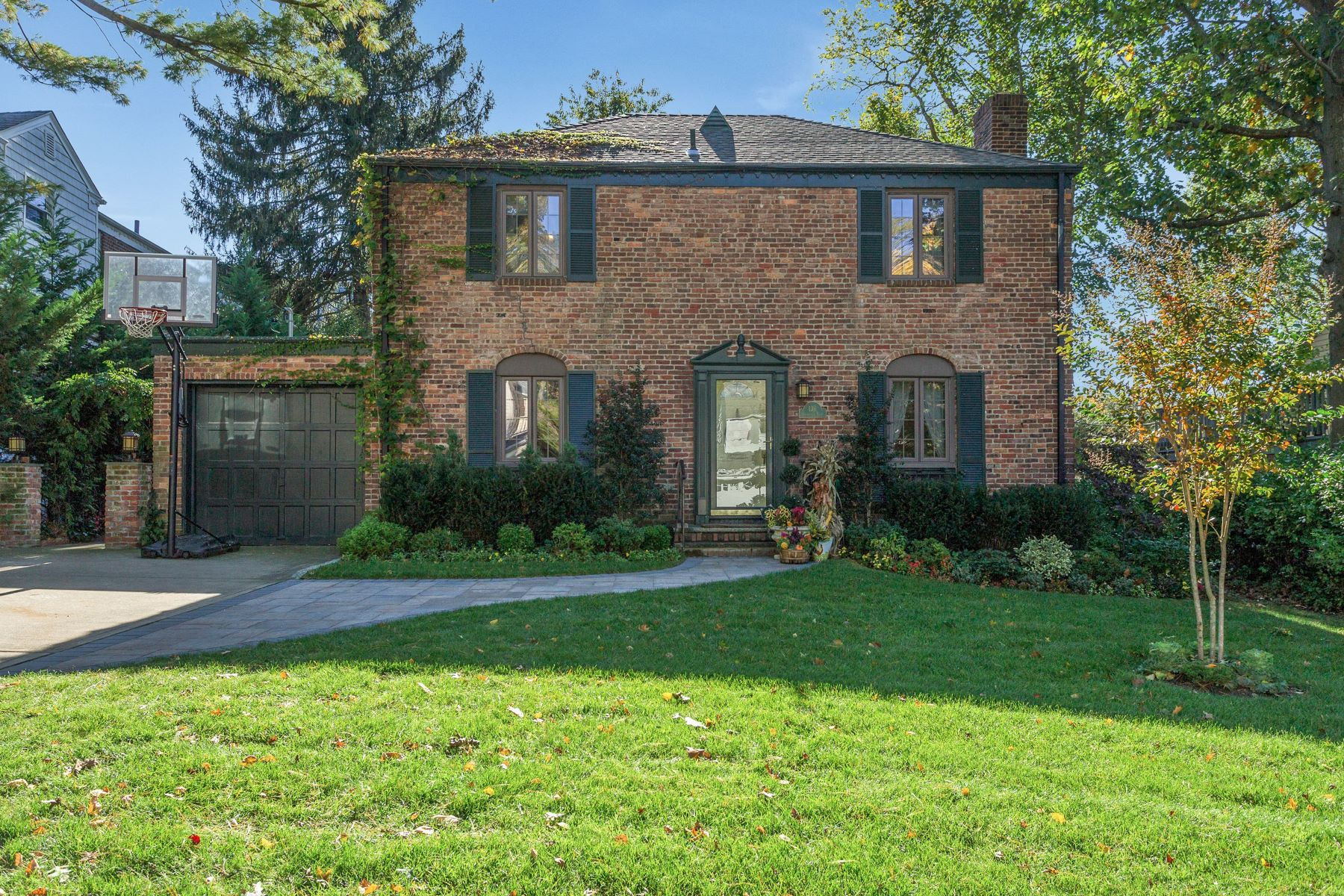 獨棟家庭住宅 為 出售 在 136 Shoreview Rd , Manhasset, NY 11030 Manhasset, 紐約州, 11030 美國