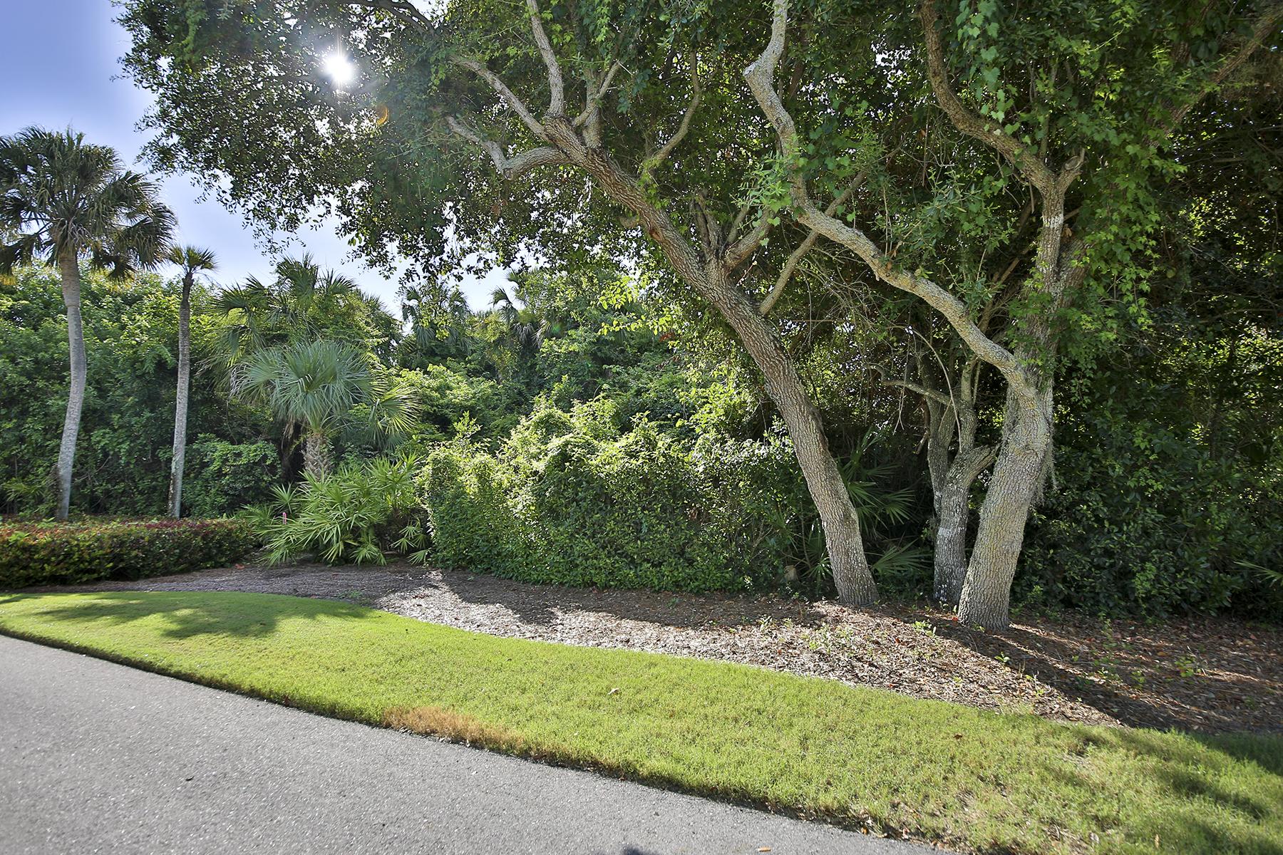 Terrain pour l Vente à HIDEAWAY BEACH 221 Hideaway Cir N Marco Island, Florida, 34145 États-Unis