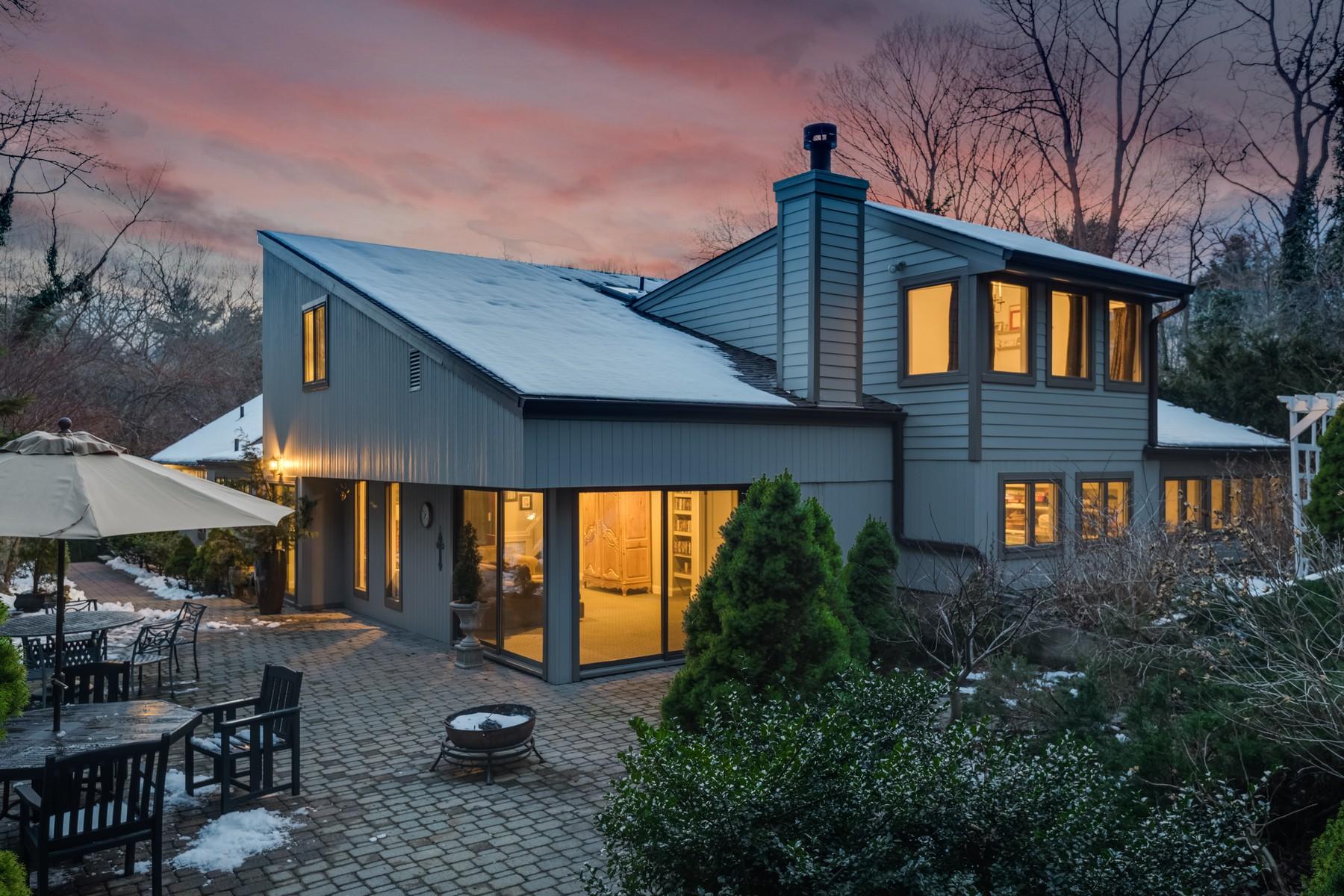 独户住宅 为 销售 在 352 West Neck Rd , Lloyd Harbor, NY 11743 352 West Neck Rd, 劳埃德港, 纽约州, 11743 美国