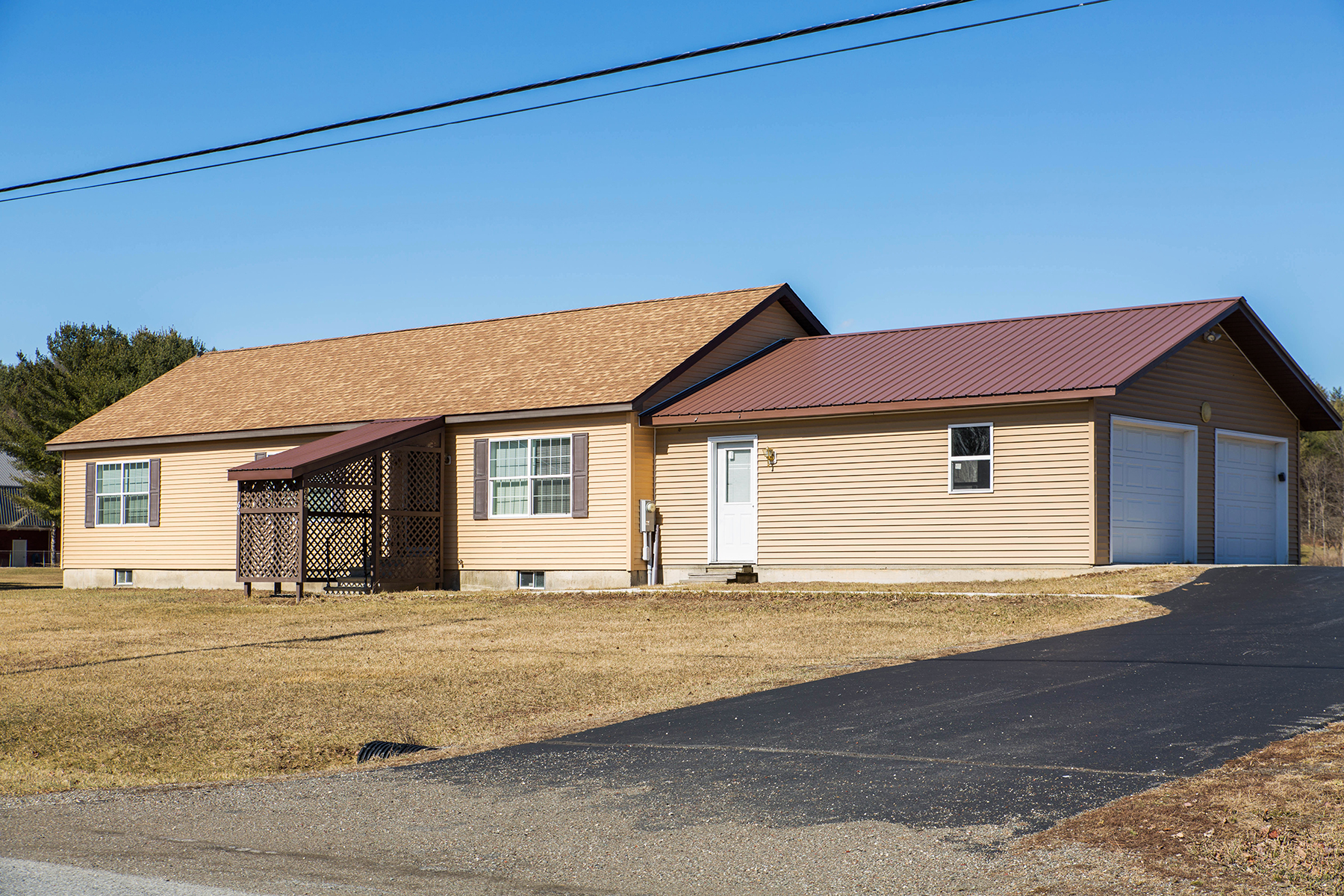 Single Family Home for Sale at Cossayuna Lake Year-Round 666 East Lake Rd Argyle, New York 12809 United States