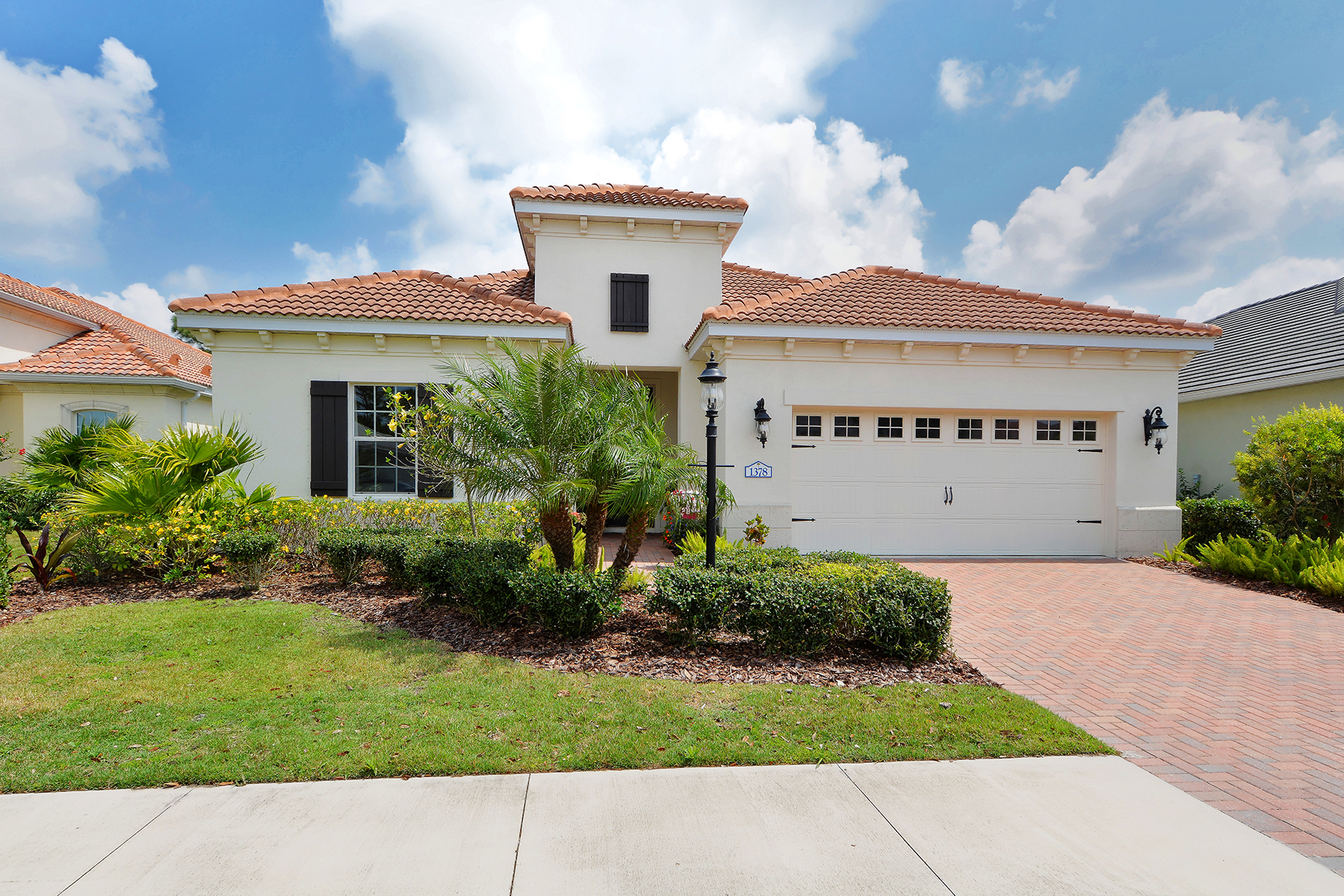 Single Family Home for Sale at GRAND PALM 1378 Still River Dr Venice, Florida, 34293 United States