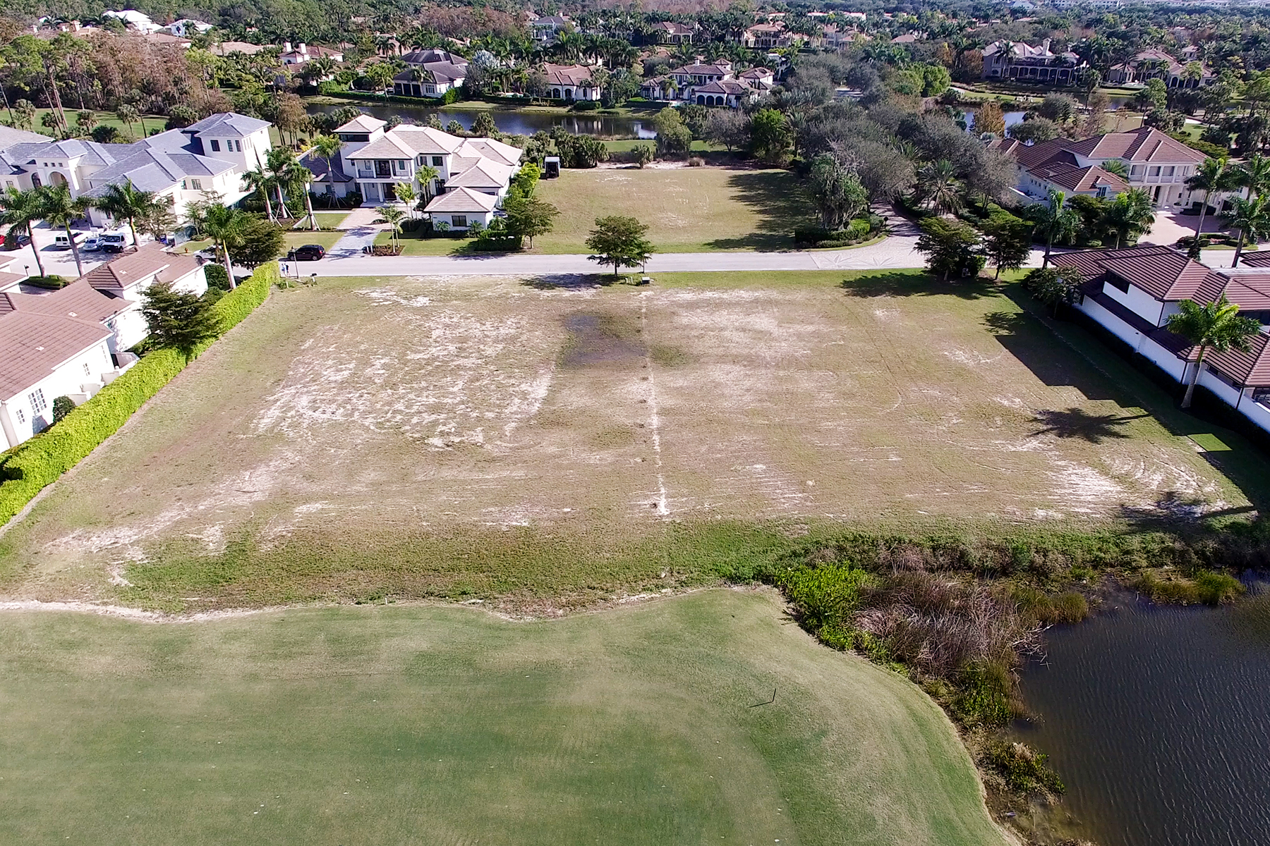 Additional photo for property listing at 1227 Gordon River Trl , Naples, FL 34105 1227  Gordon River Trl,  Naples, Florida 34105 United States