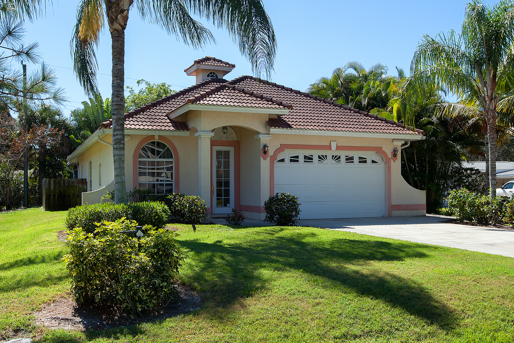 Single Family Home for Sale at BAD AXE 1024 Michigan Ave Naples, Florida, 34103 United States