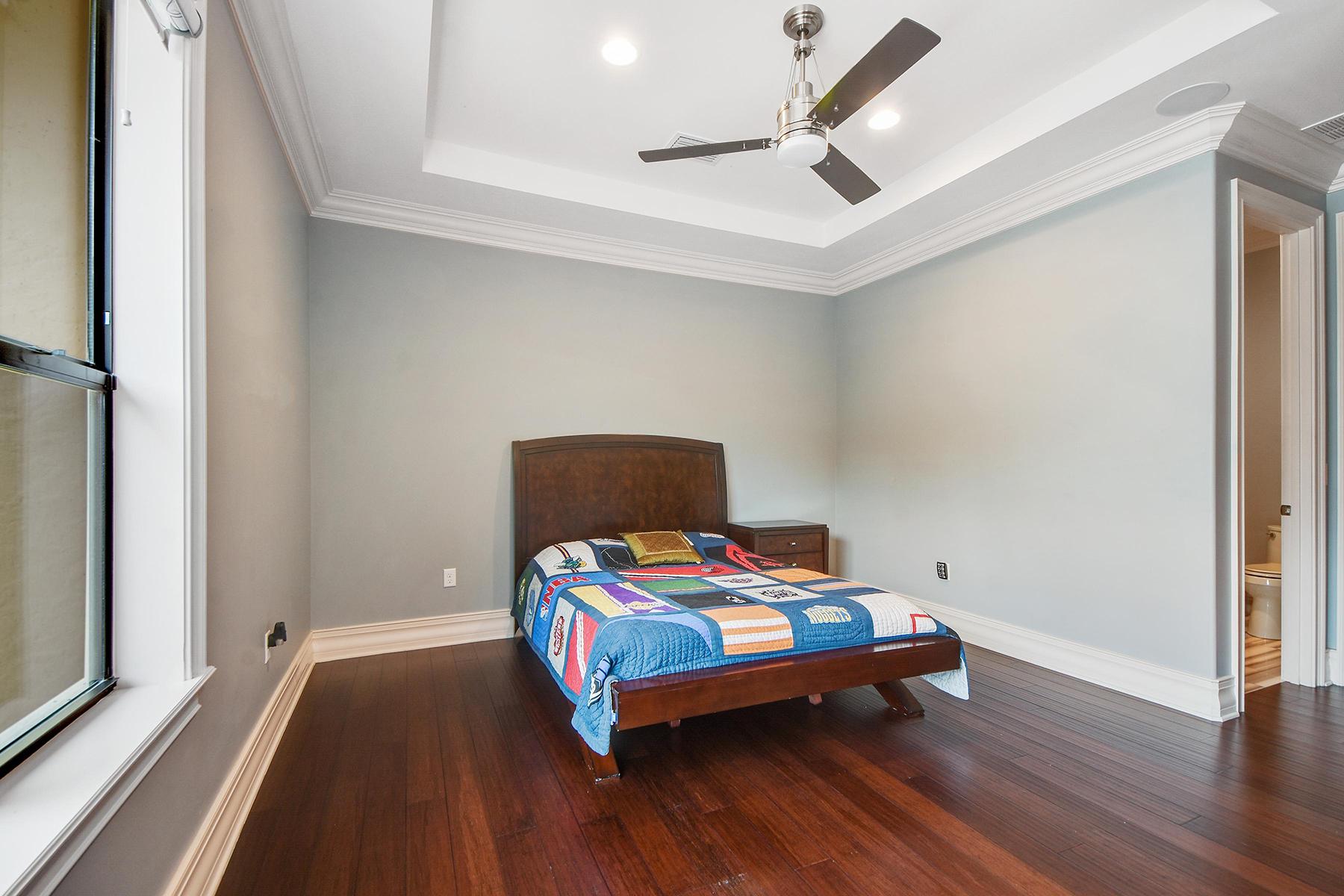Additional photo for property listing at MOUNT DORA-ORLANDO 400  Lakeshore Pointe Blvd,  Mount Dora, Florida 32757 United States