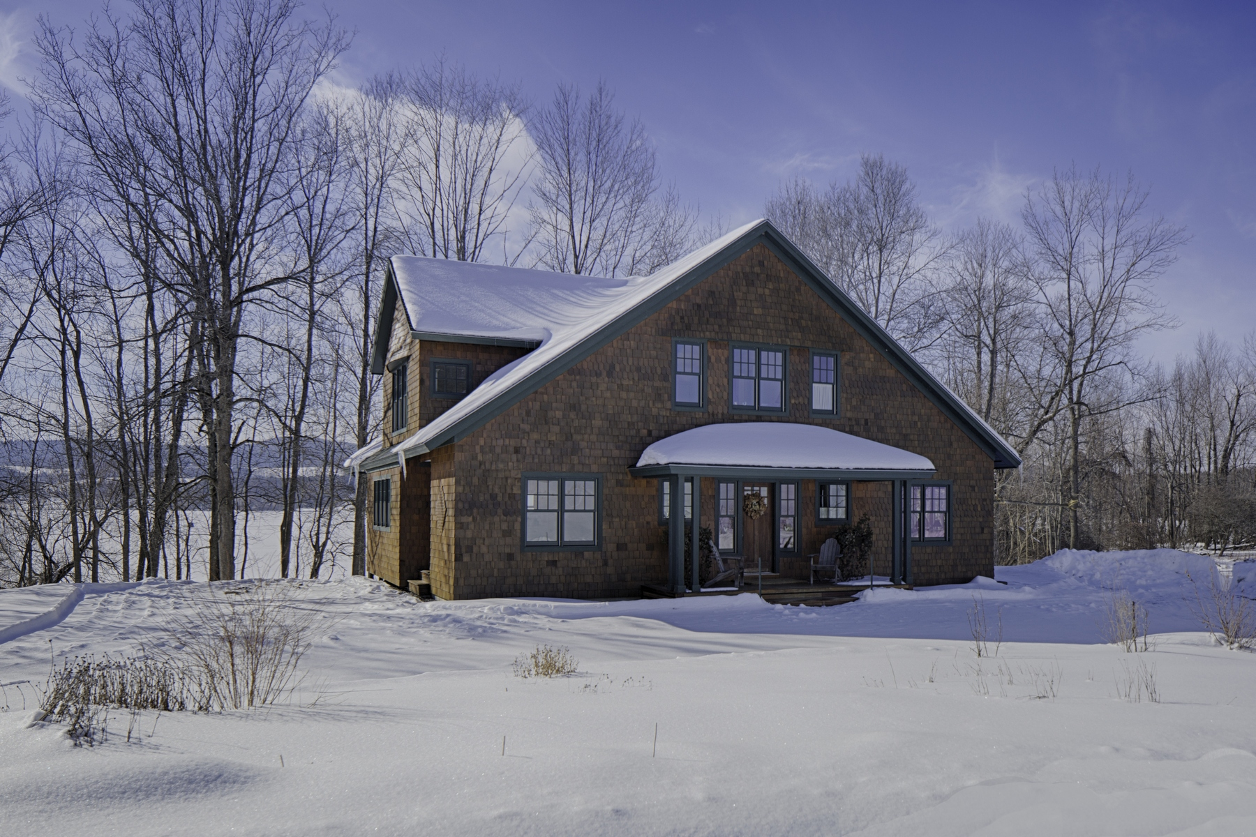 Maison unifamiliale pour l Vente à Elegant and Serene Home on Otsego Lake 418 Public Landing Rd Cooperstown, New York 13326 États-Unis