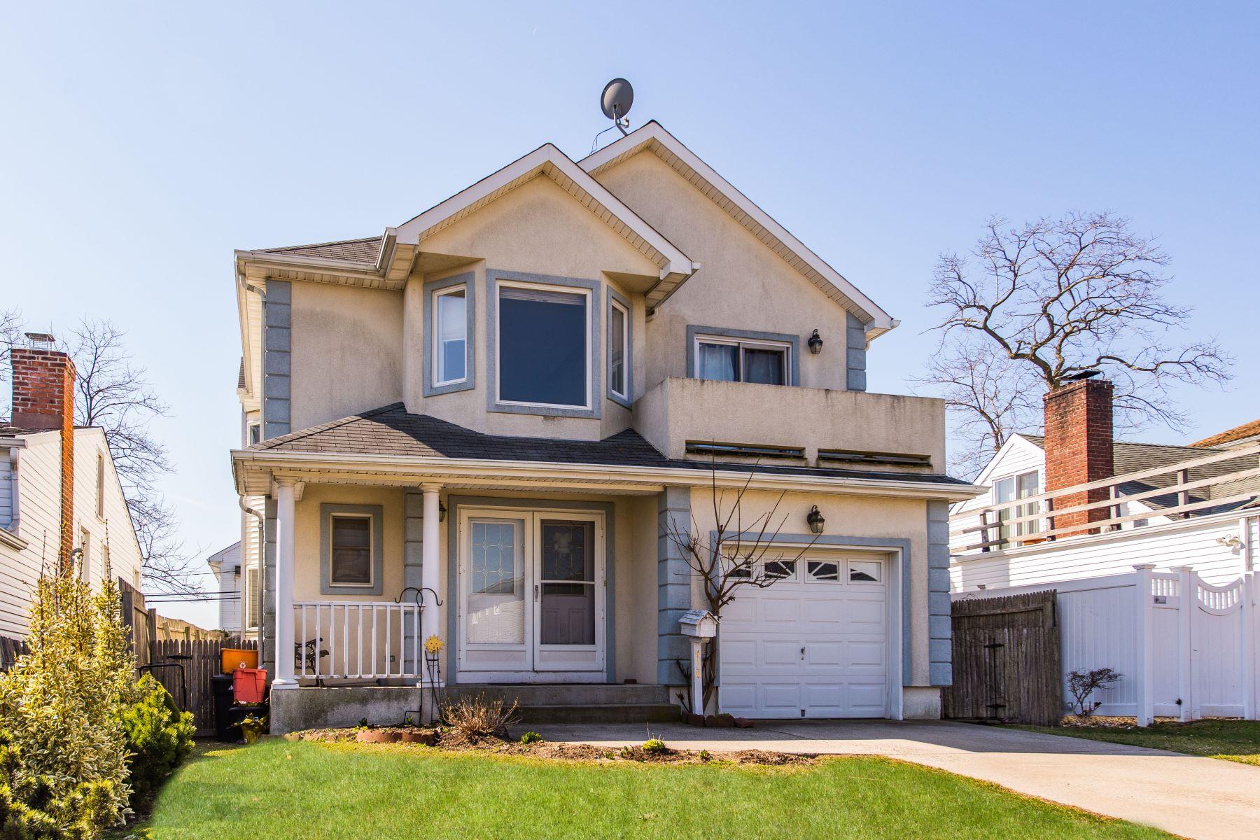 Частный односемейный дом для того Продажа на 458 E Pine St , Long Beach, NY 11561 458 E Pine St Long Beach, Нью-Йорк 11561 Соединенные Штаты