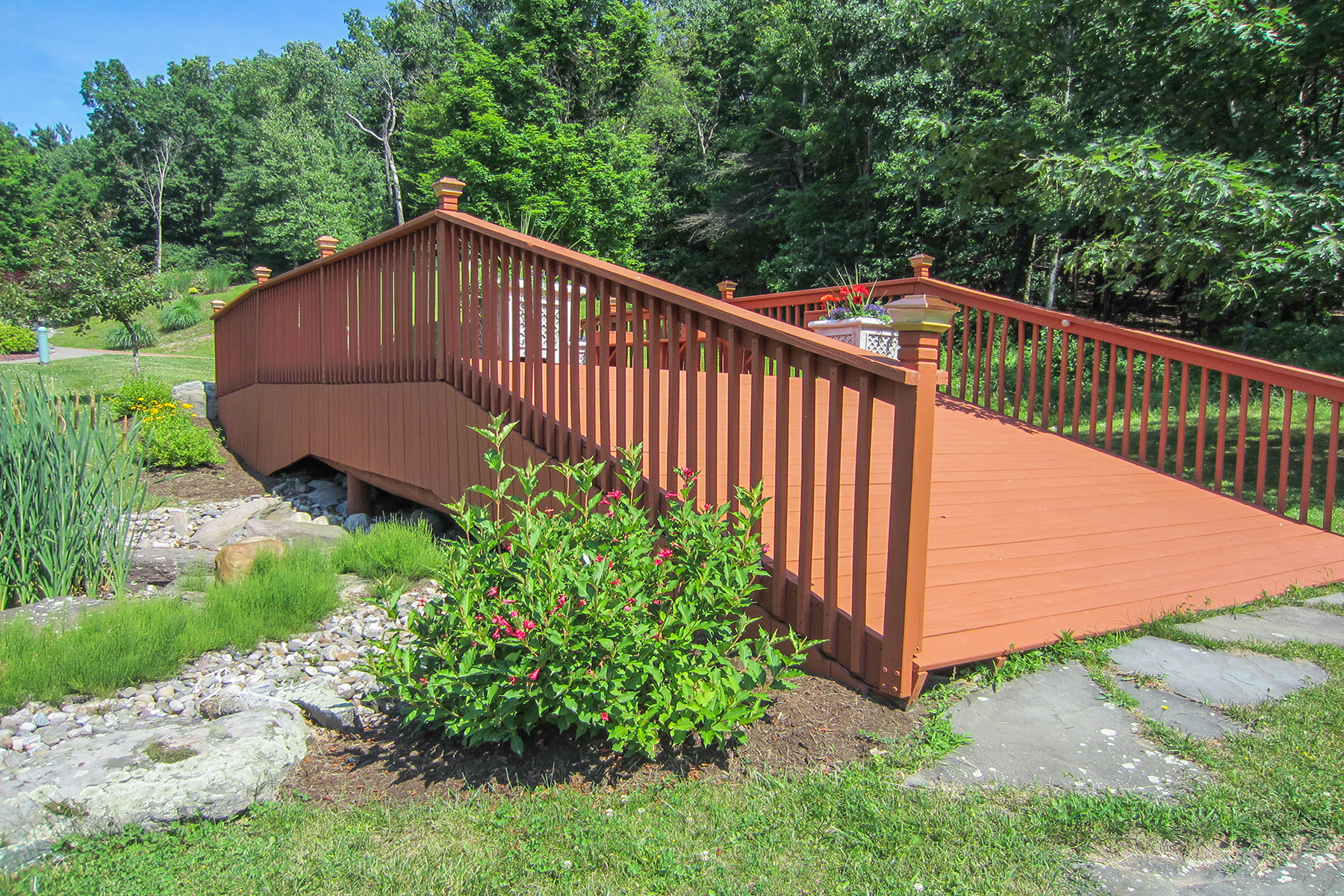 Additional photo for property listing at Upstate New York Mini Estate 70  Coons Rd Troy, New York 12180 États-Unis