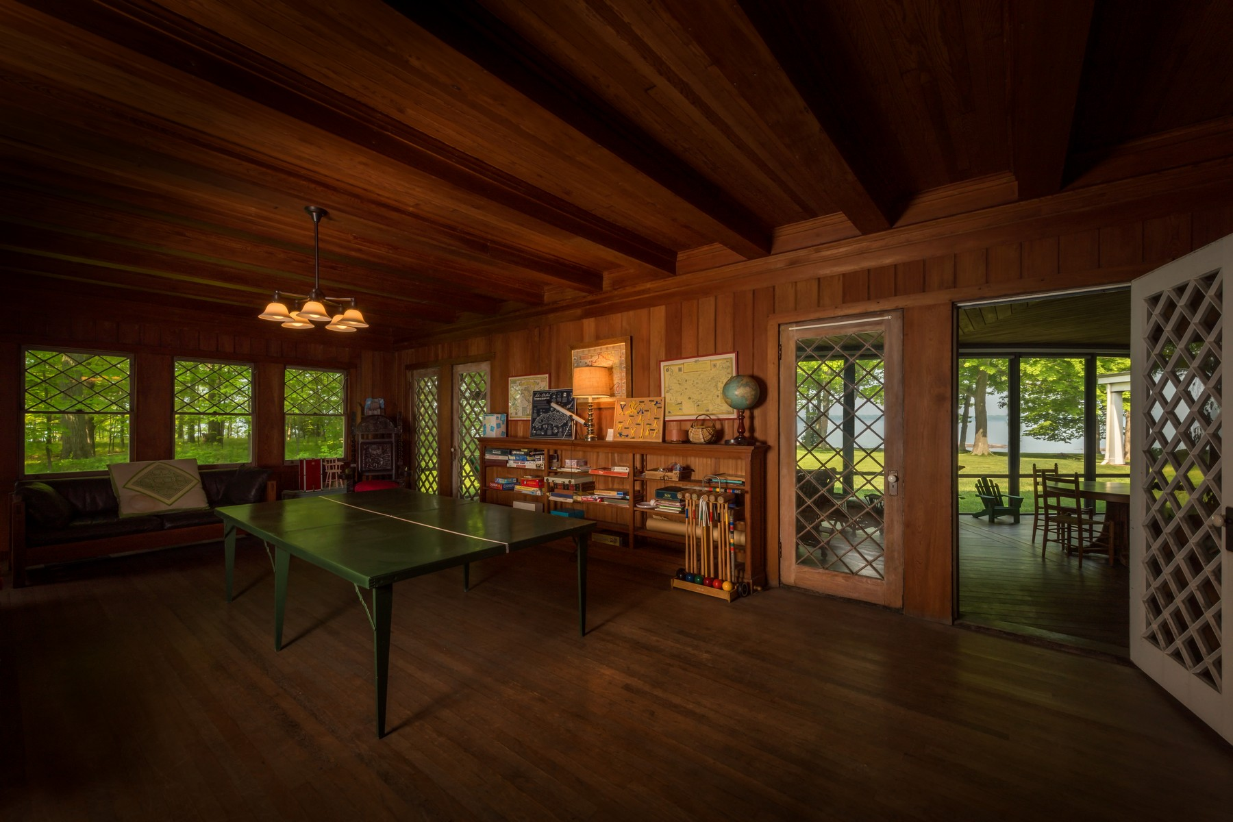 Additional photo for property listing at Mid River Estate 10693  Grindstone Is Clayton, Нью-Йорк 13624 Соединенные Штаты
