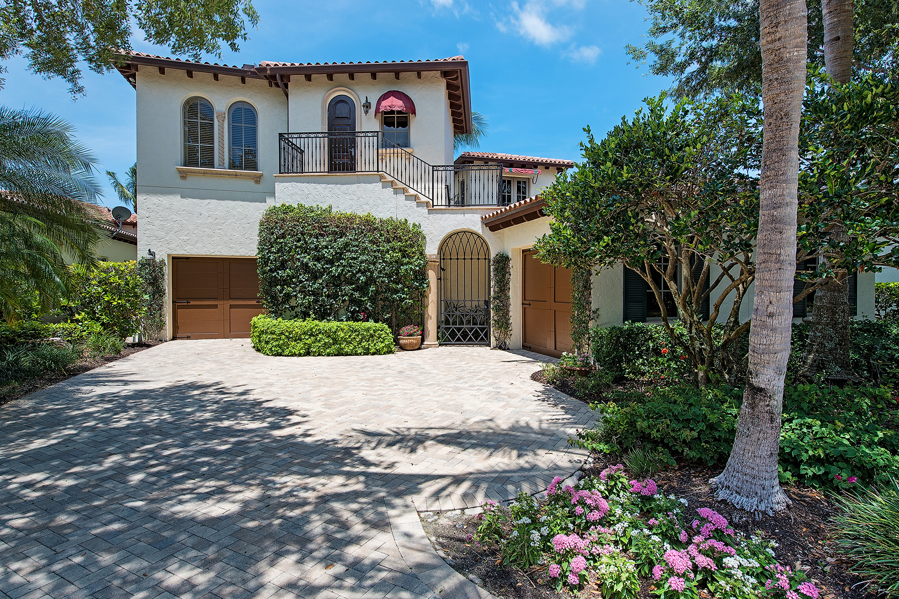 Single Family Home for Sale at Estuary at Grey Oaks 1347 Noble Heron Way Grey Oaks, Naples, Florida, 34105 United States
