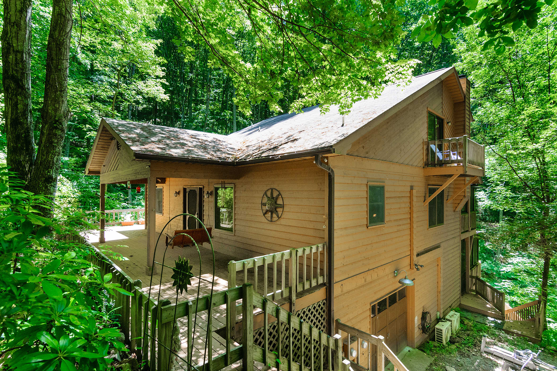 Single Family Home for Sale at NORTH ASHEVILLE LIVING AT ITS FINEST 500 Lynn Cove Rd, Asheville, North Carolina 28804 United States
