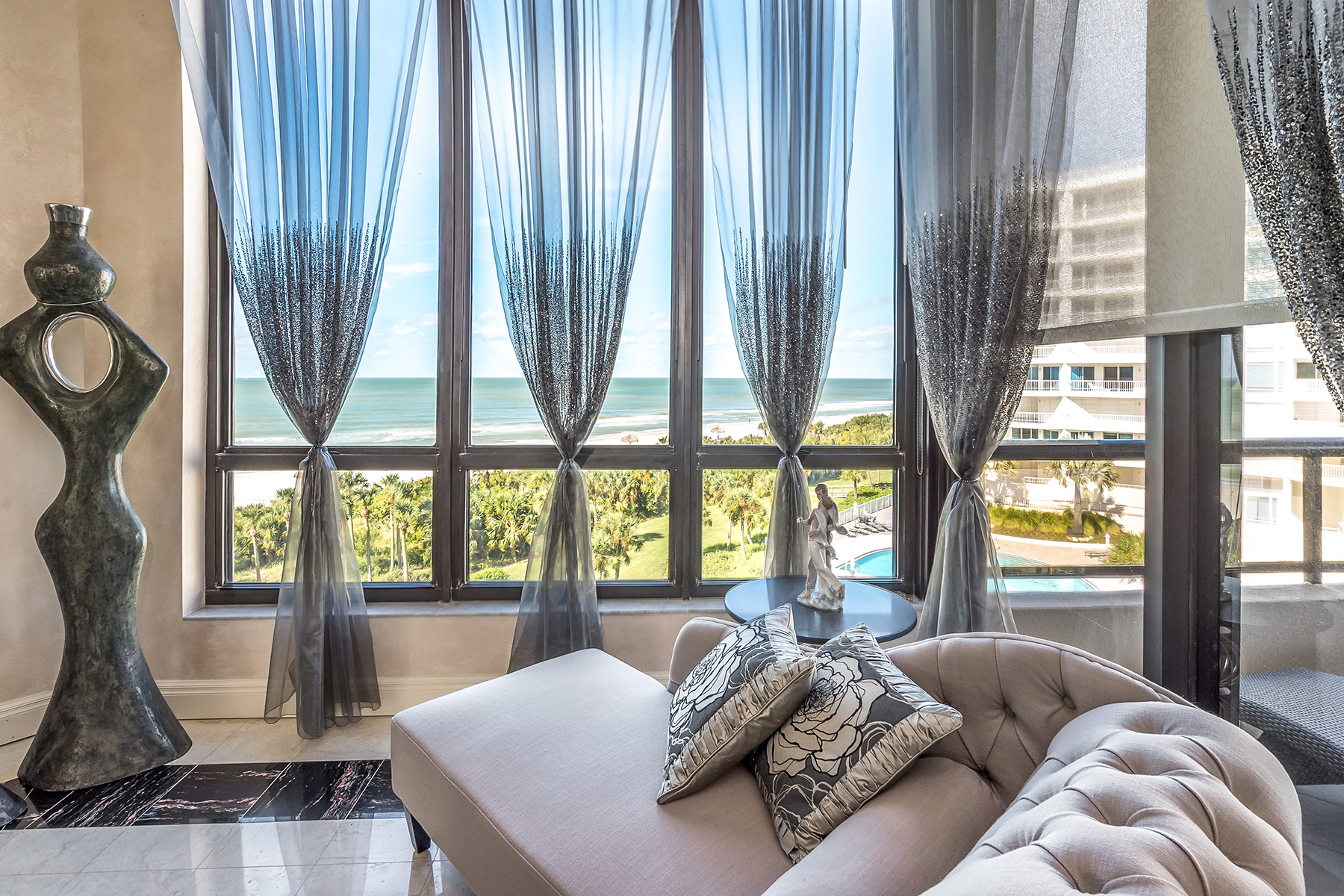 Additional photo for property listing at L AMBIANCE AT LONGBOAT KEY 435  L Ambiance Dr L407,  Longboat Key, Florida 34228 United States