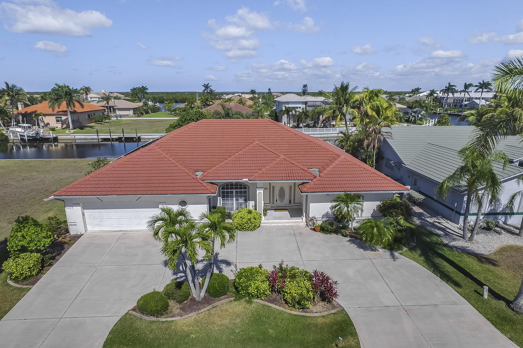 Single Family Home for Sale at PUNTA GORDA ISLES 3617 Bonaire Ct Punta Gorda, Florida 33950 United States