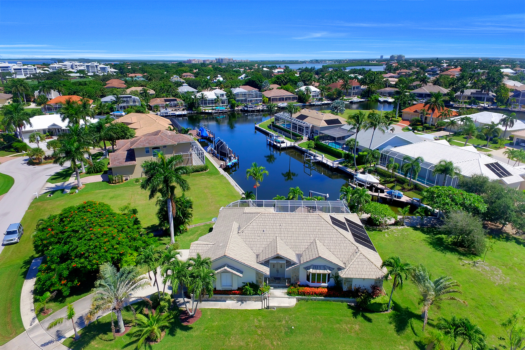 Single Family Home for Sale at MARCO ISLAND 370 Cottage Ct, Marco Island, Florida 34145 United States