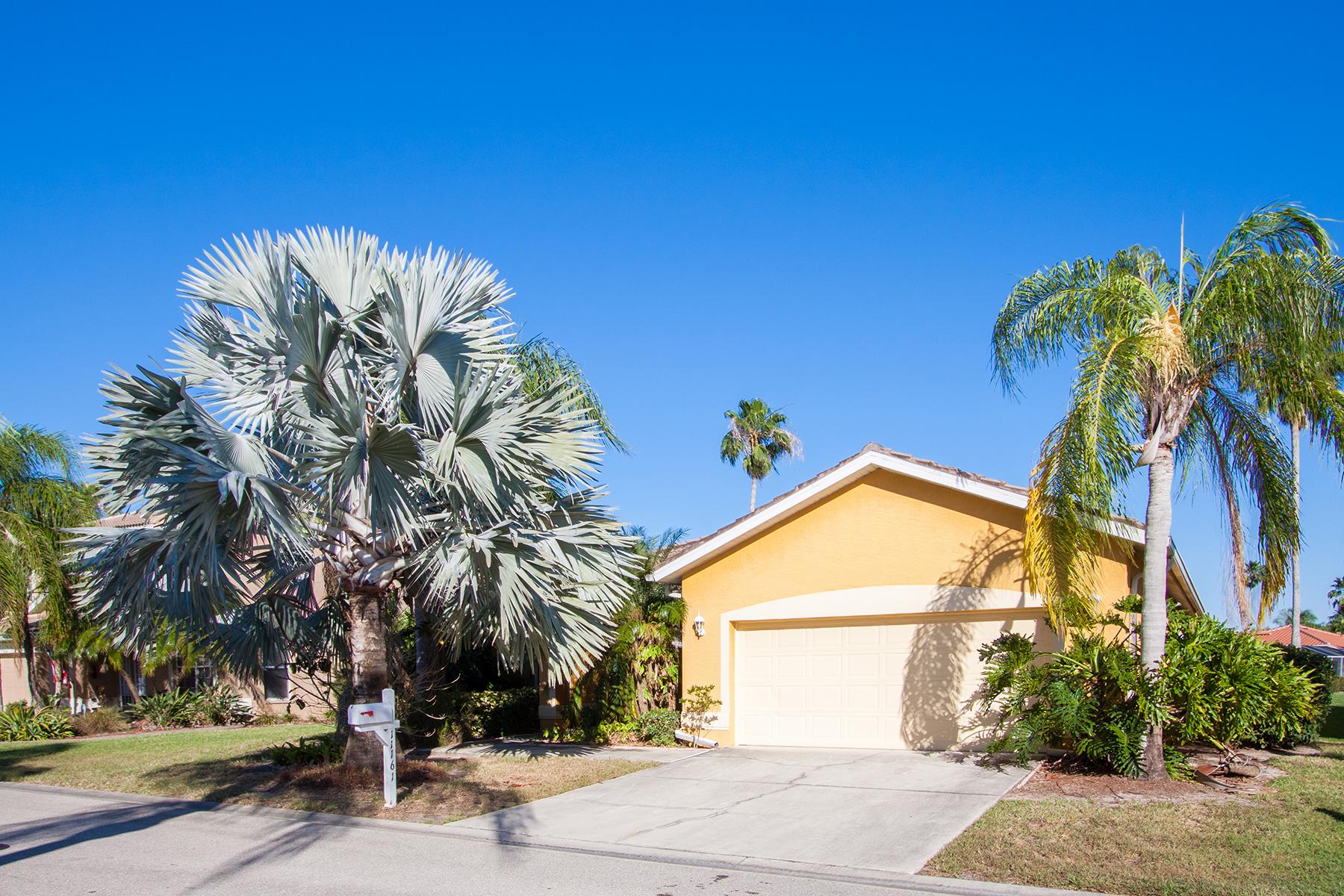 獨棟家庭住宅 為 出售 在 GATEWAY - SILVER LAKES 11161 Lakeland Cir, Fort Myers, 佛羅里達州, 33913 美國