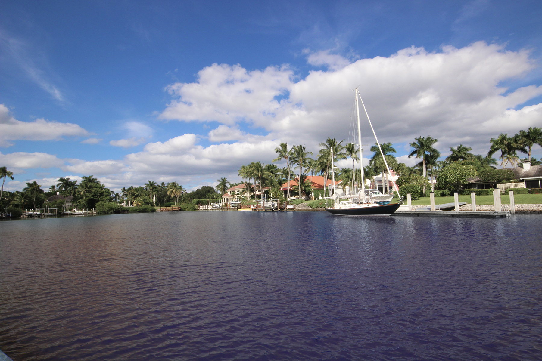 Additional photo for property listing at Naples 4233  Gordon Dr,  Naples, Florida 34102 United States