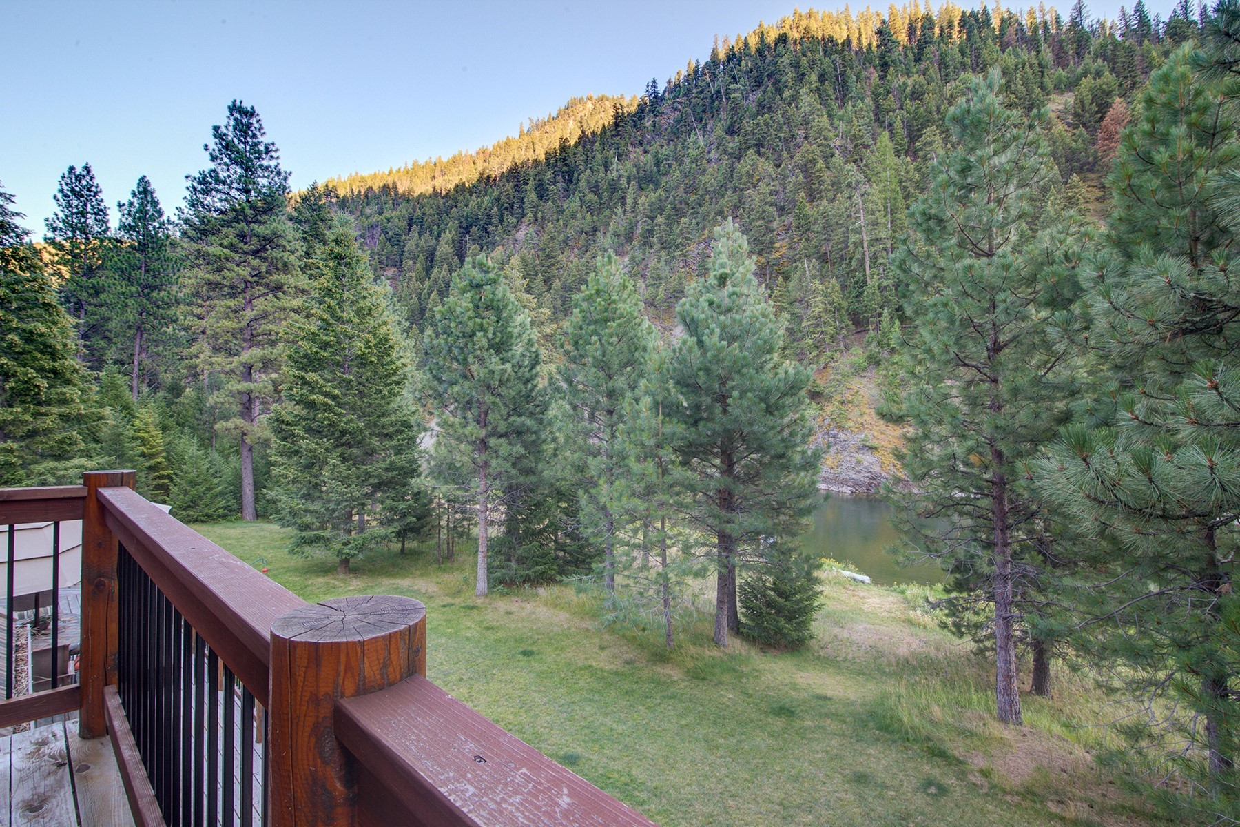 Additional photo for property listing at Blackfoot River Lodge 18465  Highway 200   E Bonner, Montana 59823 United States