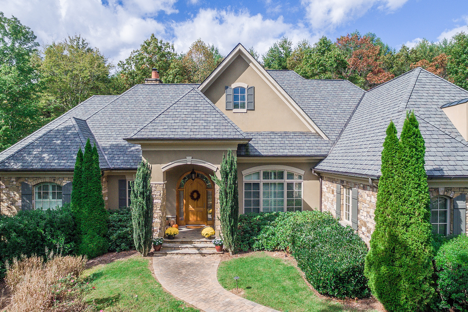 Single Family Home for Sale at ONE-LEVEL LIVING INSIDE THE CLIFFS AT WALNUT COVE 1918 White Tree Trl Lot 202, Arden, North Carolina 28704 United StatesIn/Around: Asheville