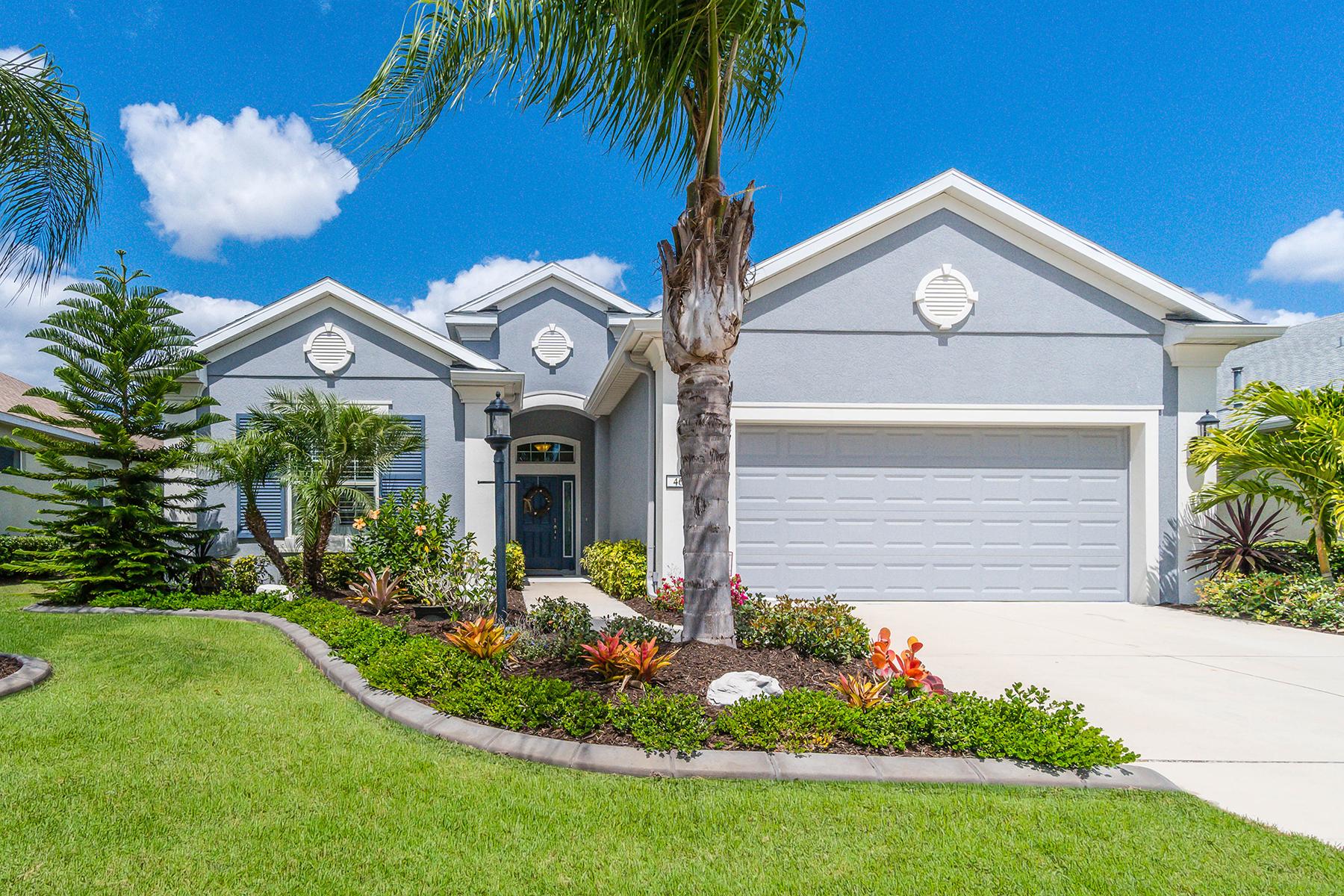 Casa para uma família para Venda às CENTRAL PARK 4676 Claremont Park Dr Lakewood Ranch, Florida, 34211 Estados Unidos